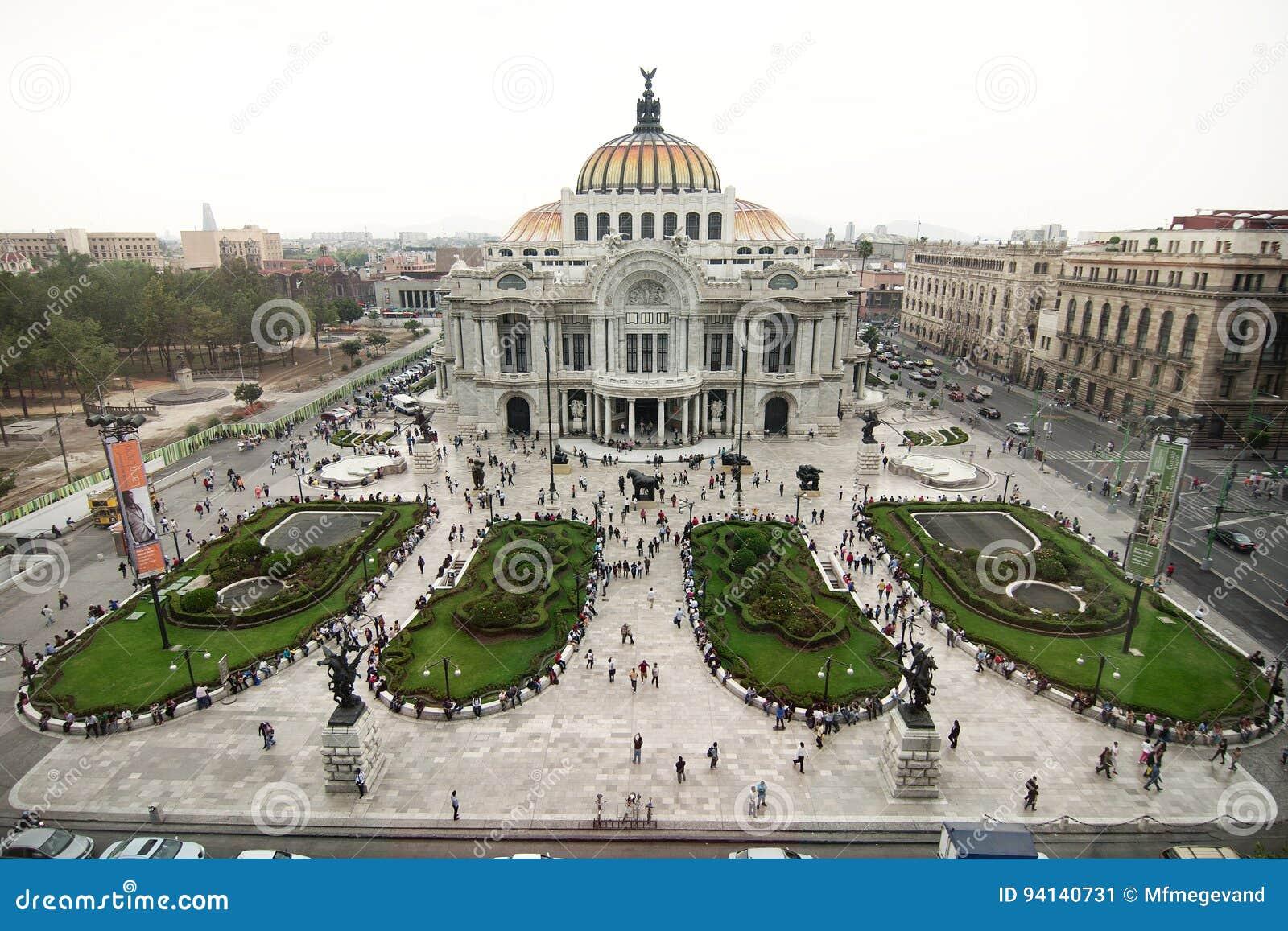 Cidade do México, México - 2012: Palacio de Bellas Artes (palácio das belas artes)