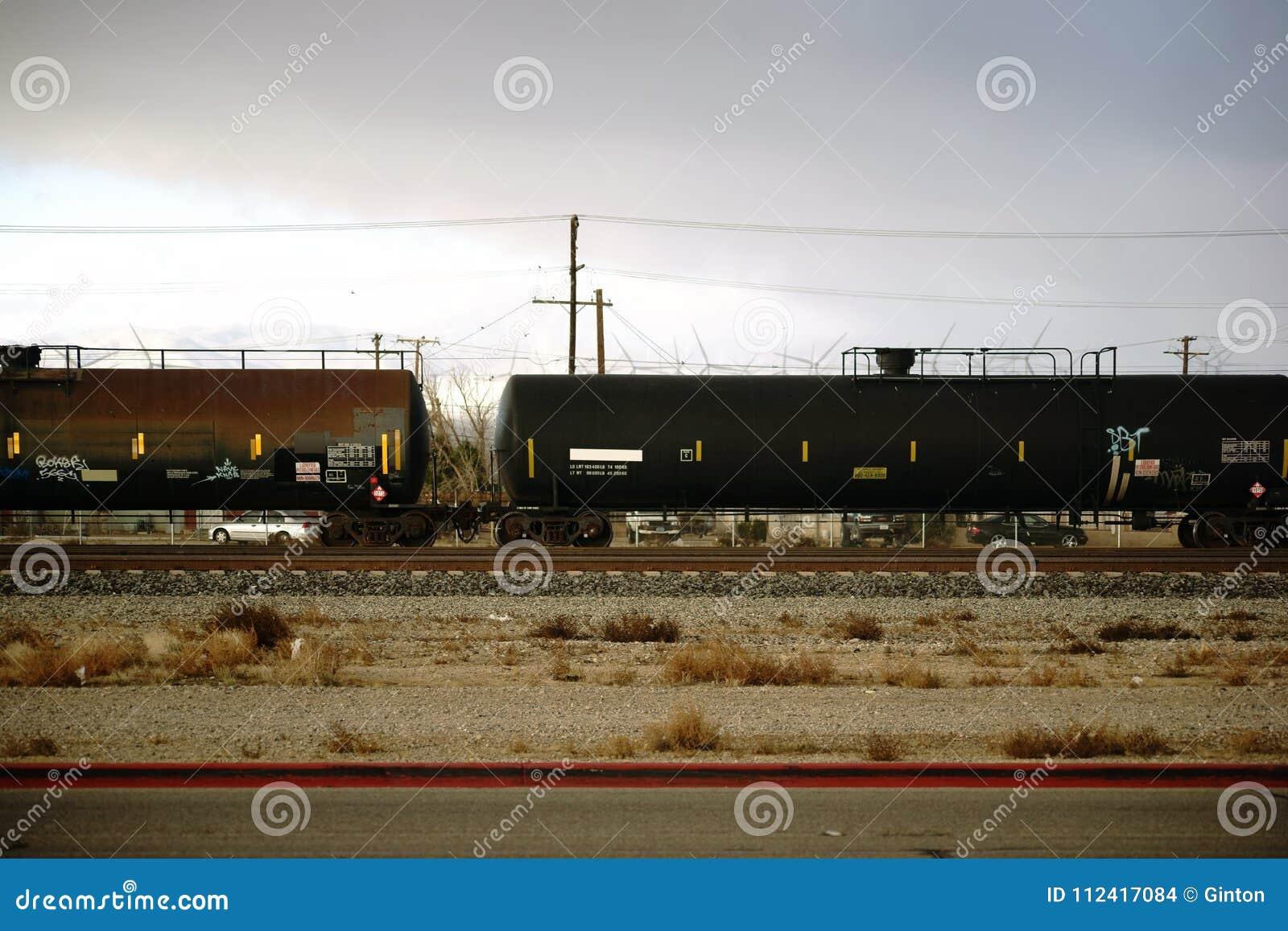 Cidade do Mojave do transporte de bens perigosos