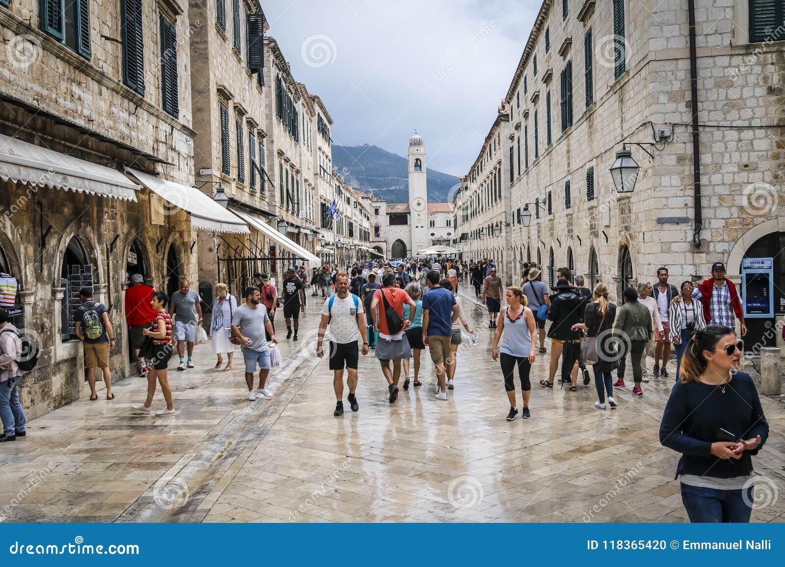 Cidade velha de Dubrovnik em Croatia