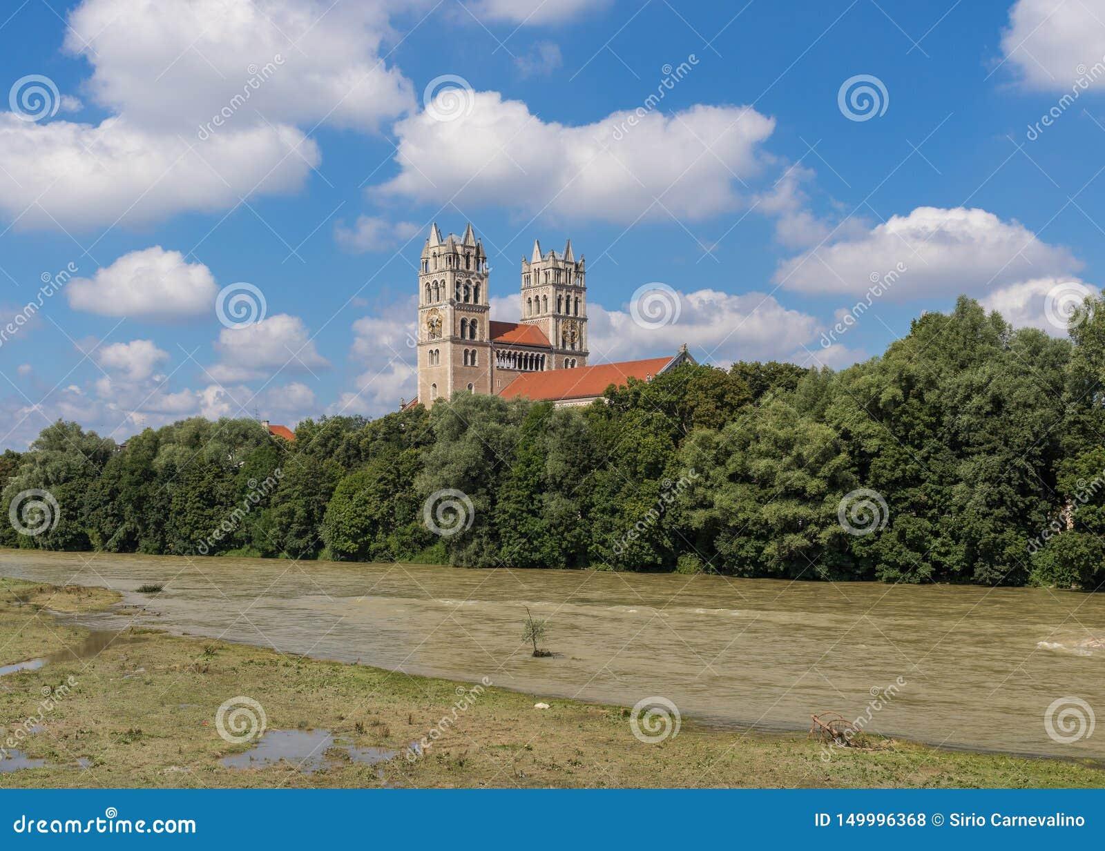A cidade velha de Munich, um local do patrimônio mundial do Unesco