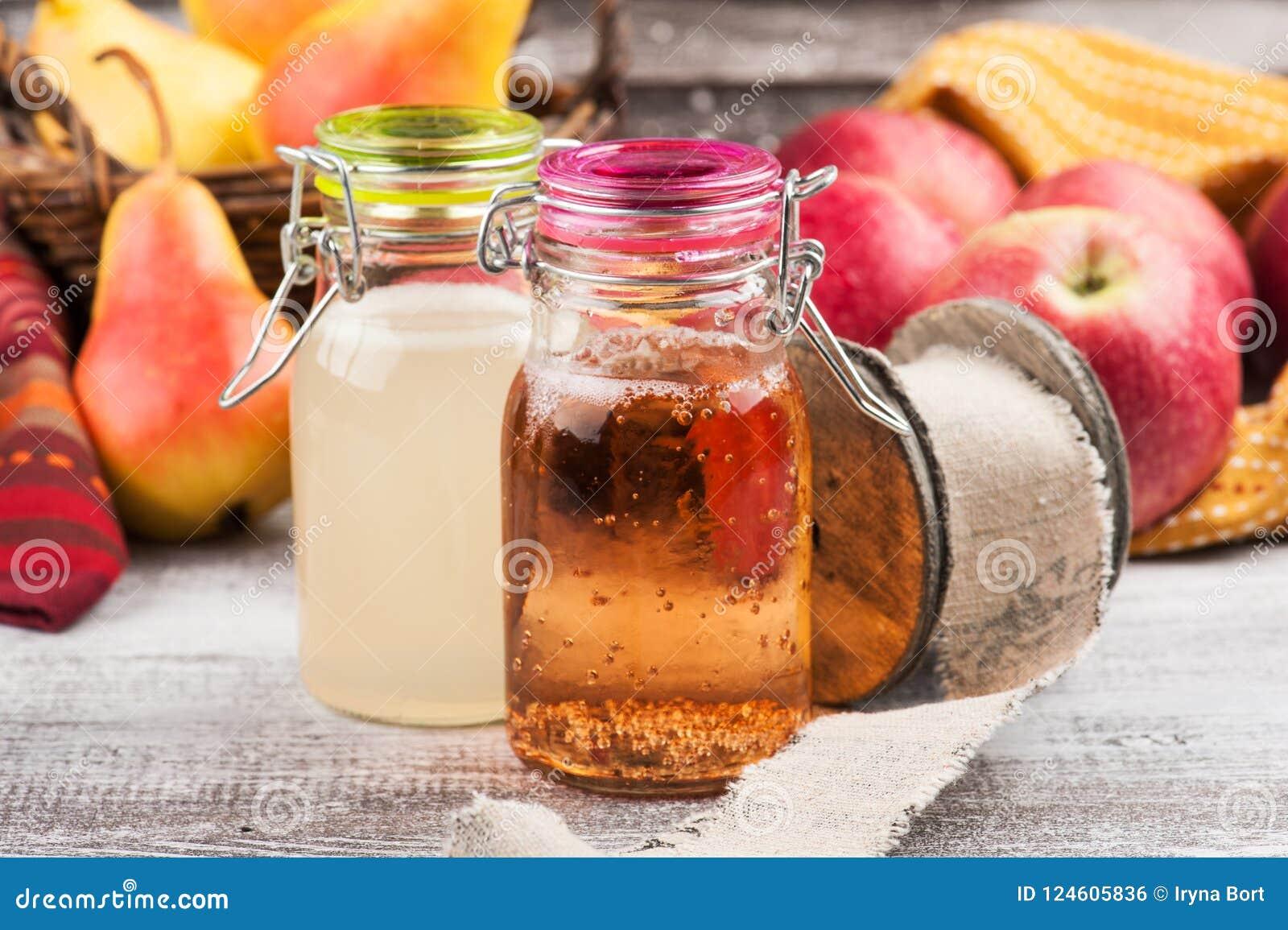 Cidre fait maison de poire de pomme