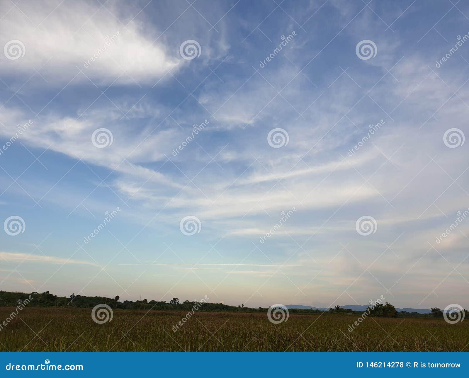 Cielo y nube
