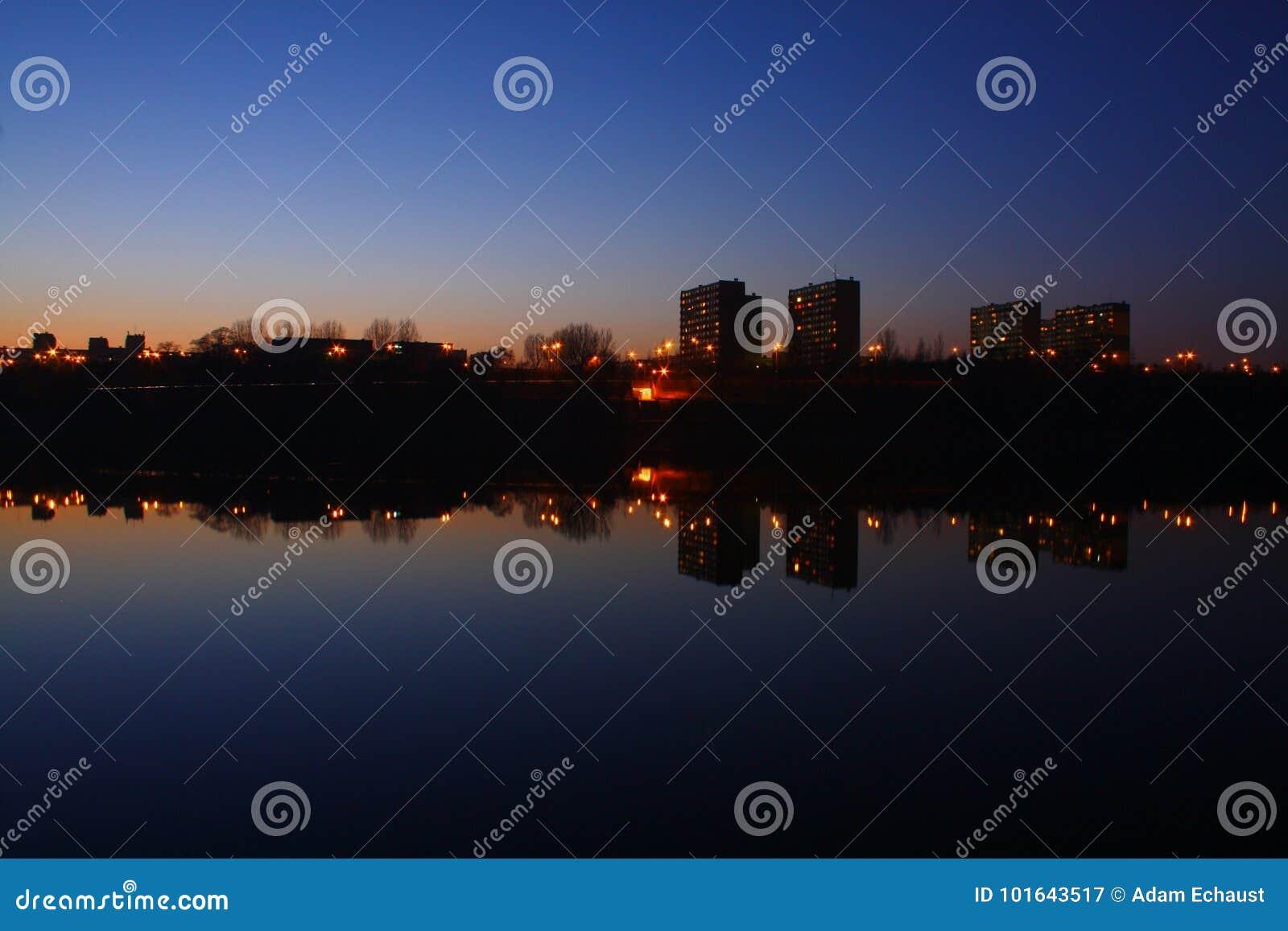 Ciemny miasteczko