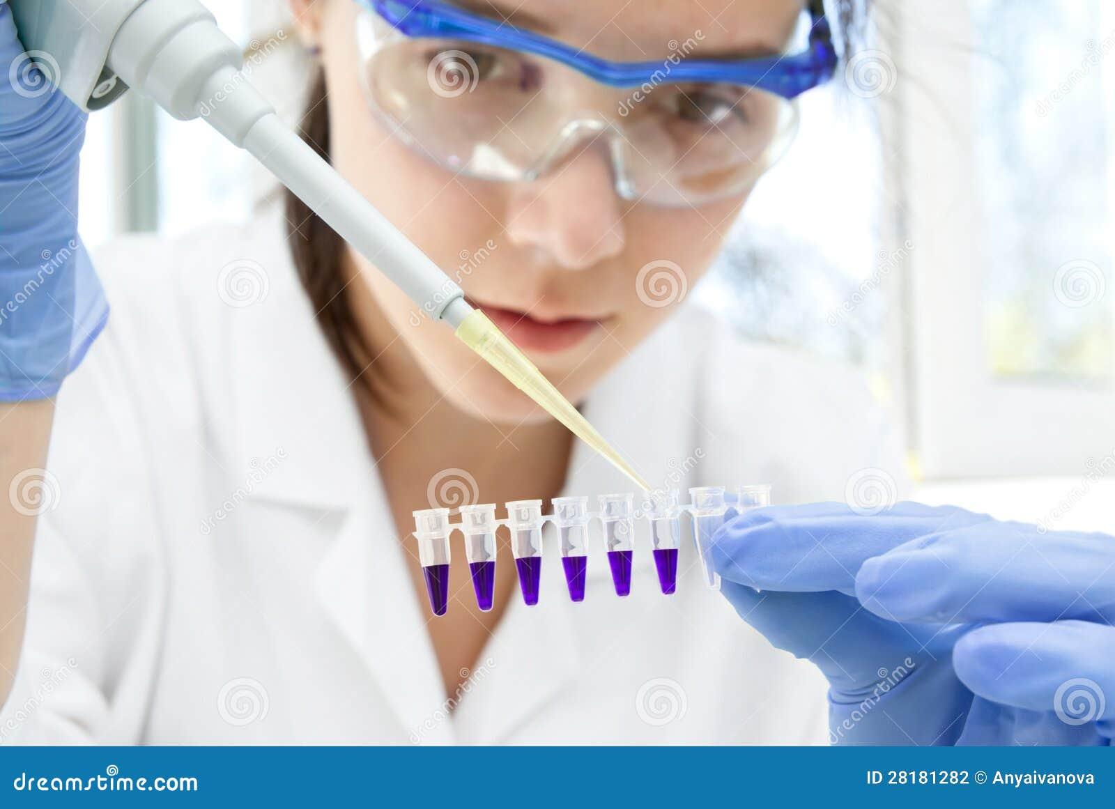 Científico en el trabajo