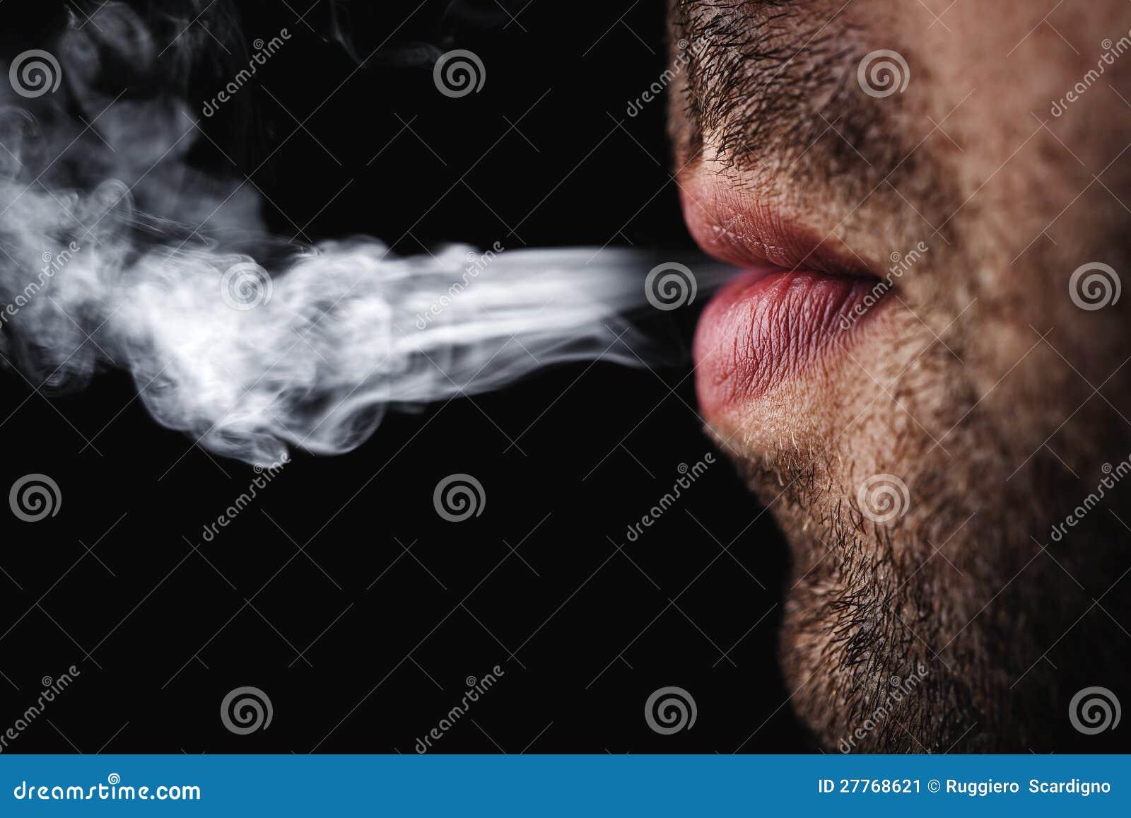 Cigarette de fumage d homme