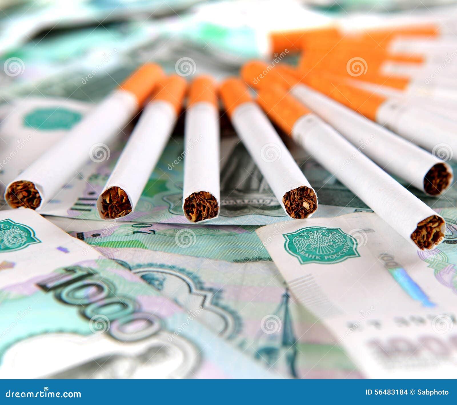 Cigarettes sur la devise russe