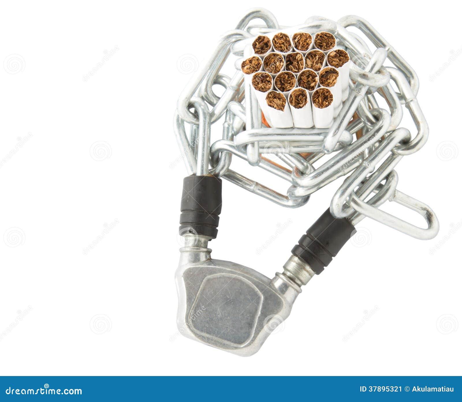 Cigarrillo y cadenas
