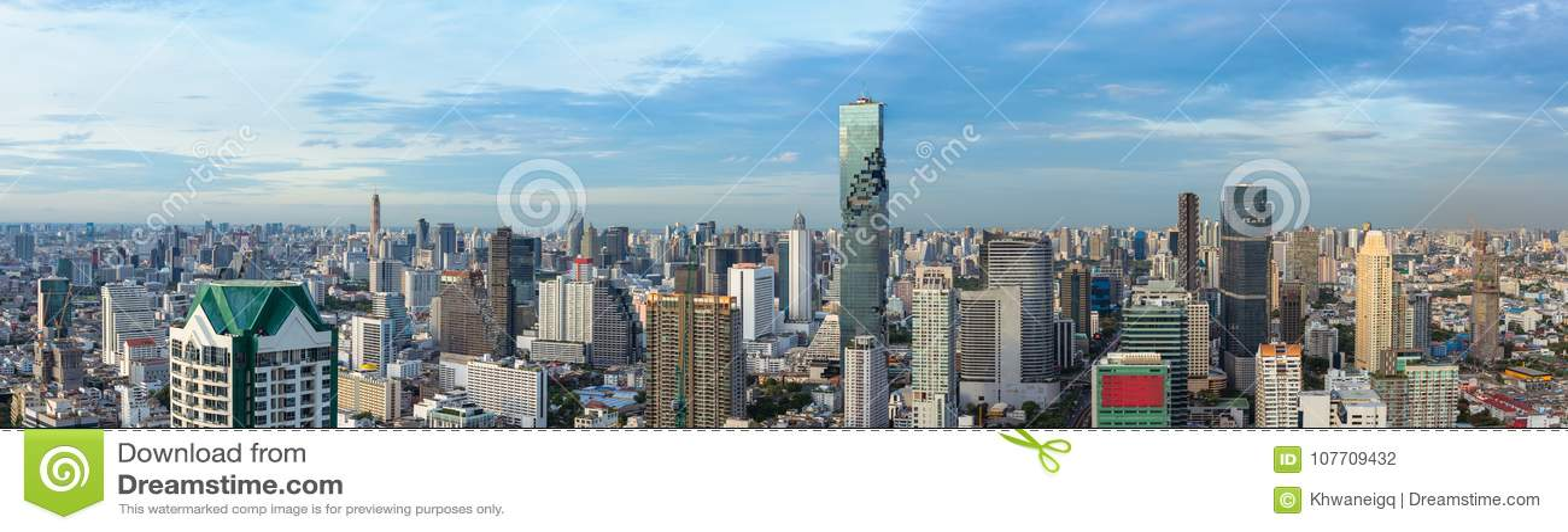 Ciity en de zaken van Bangkok de stad in stedelijk van Thailand, Panorama