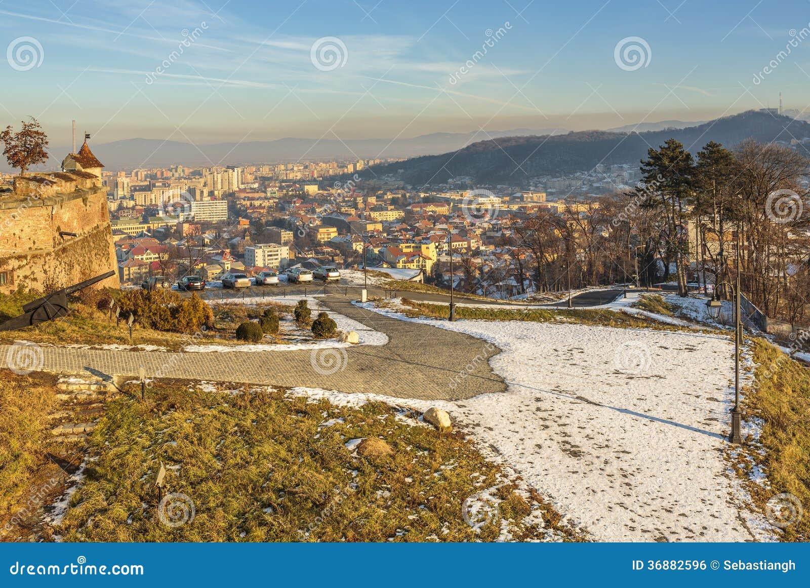 Download Ciityscape Di Brasov, Romania Fotografia Stock - Immagine di bello, giorno: 36882596