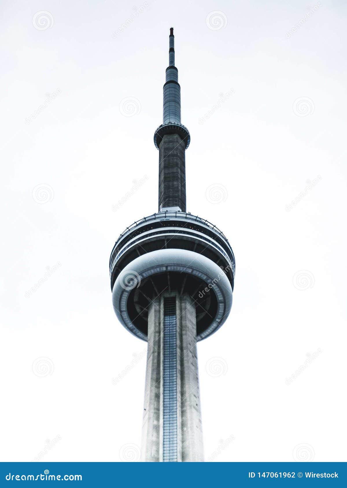 Cima della torre del CN a Toronto