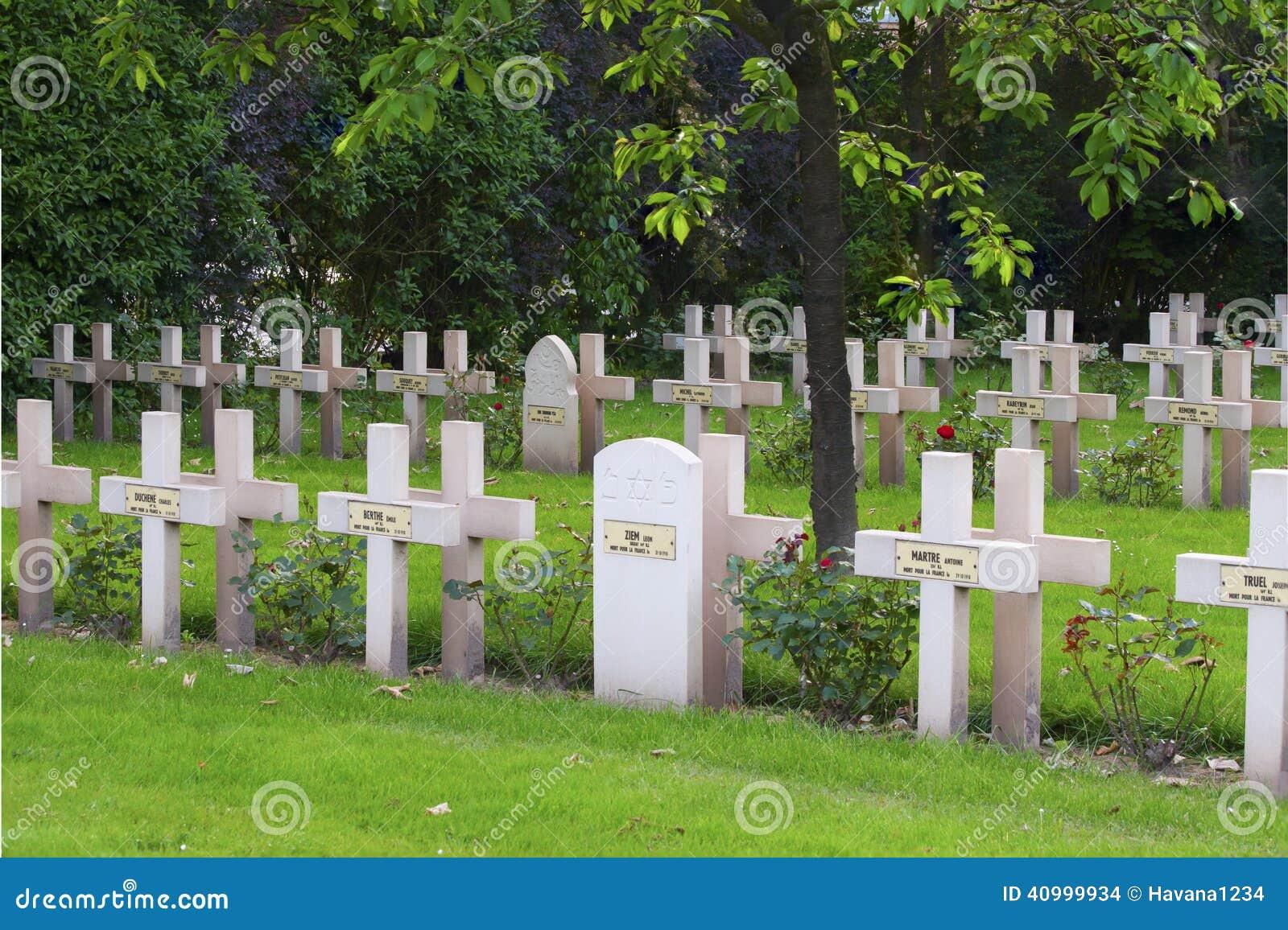 Cimitero francese dalla prima guerra mondiale in Fiandre Belgio