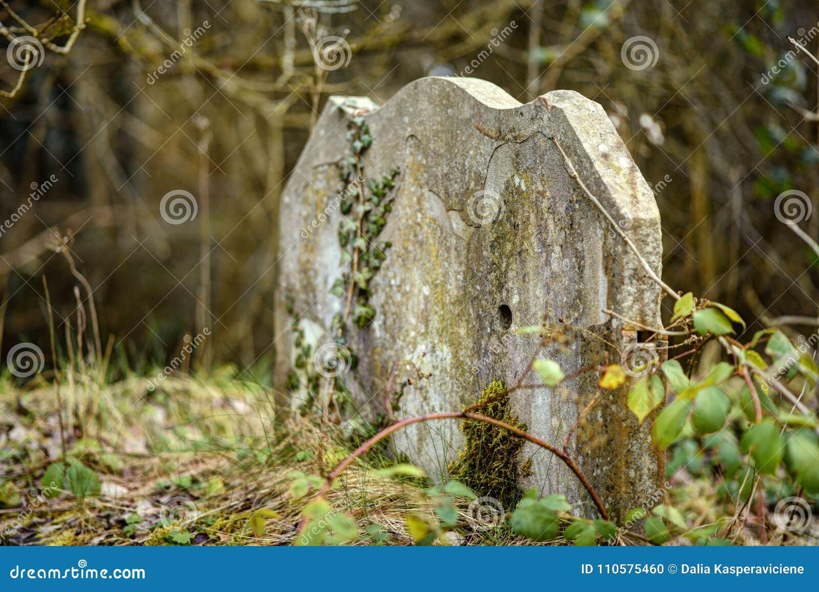Cimitero molto vecchio
