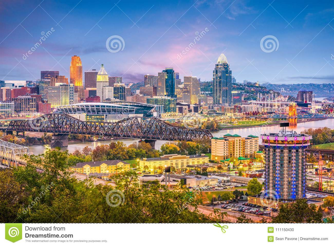 Cincinnati, Ohio, USA Skyline Stock Photo - Image of business