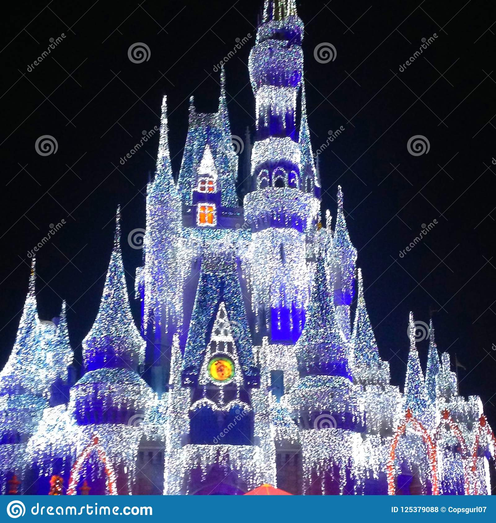 download cinderella castle at christmas editorial stock photo image of elsa kingdom 125379088