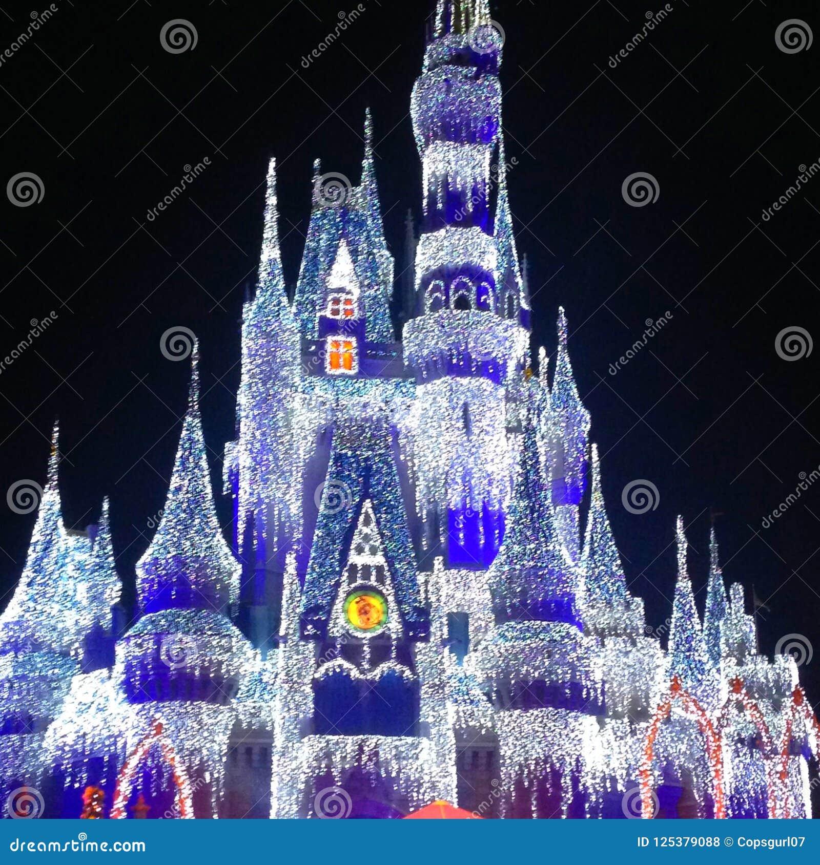 Cinderella Castle Christmas Lights.Cinderella Castle At Christmas Editorial Stock Photo Image