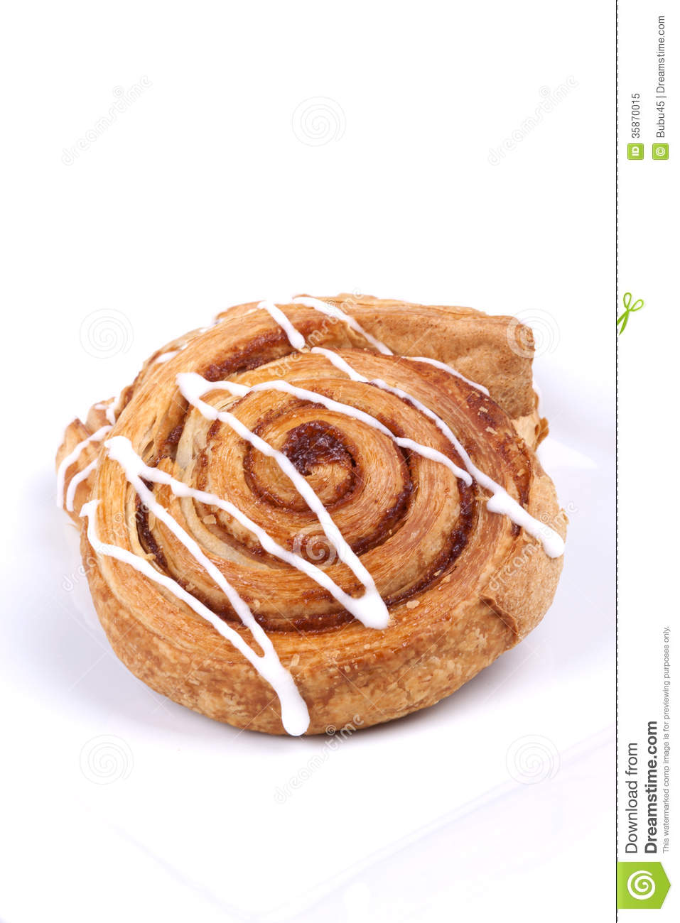 Cinnamon Roll Royalty Free Stock Photo - Image: 35870015