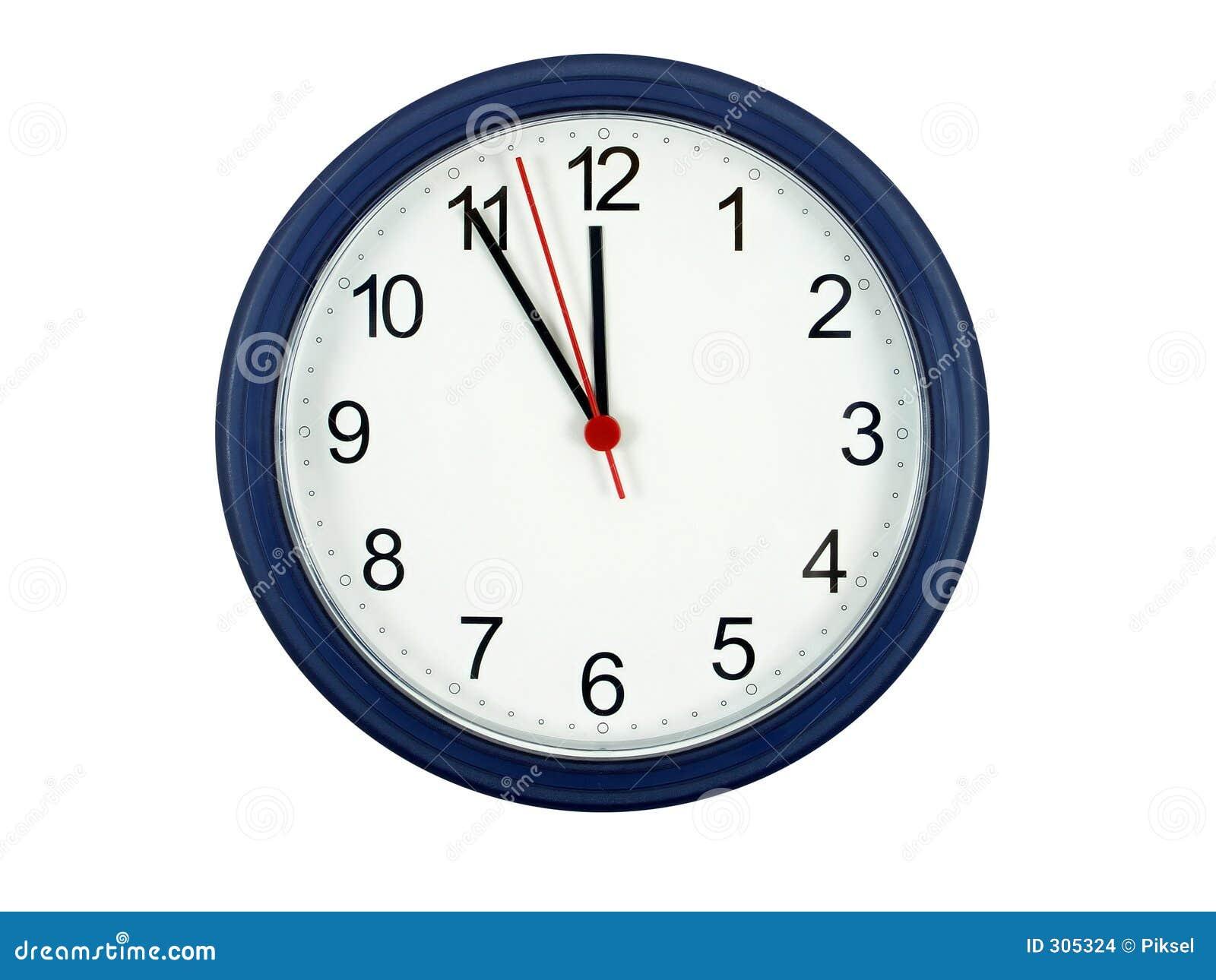 Cinq mn labourent le minuit