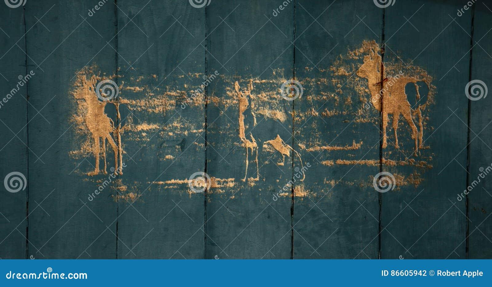 Cinzeladura na porta de celeiro velha