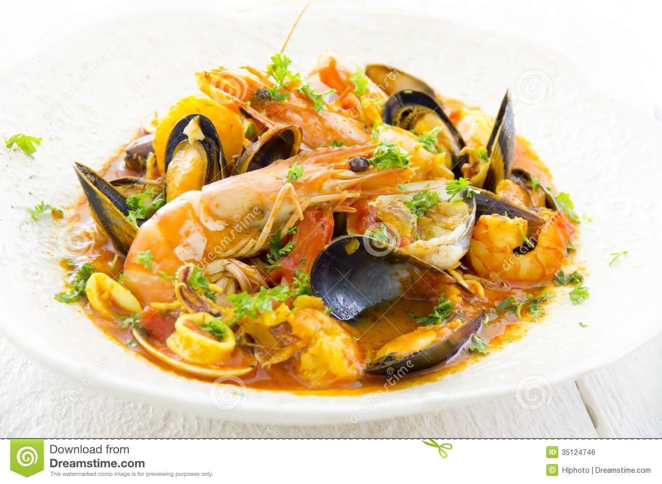 Cioppino With Seafood Royalty Free Stock Image - Image: 35124746