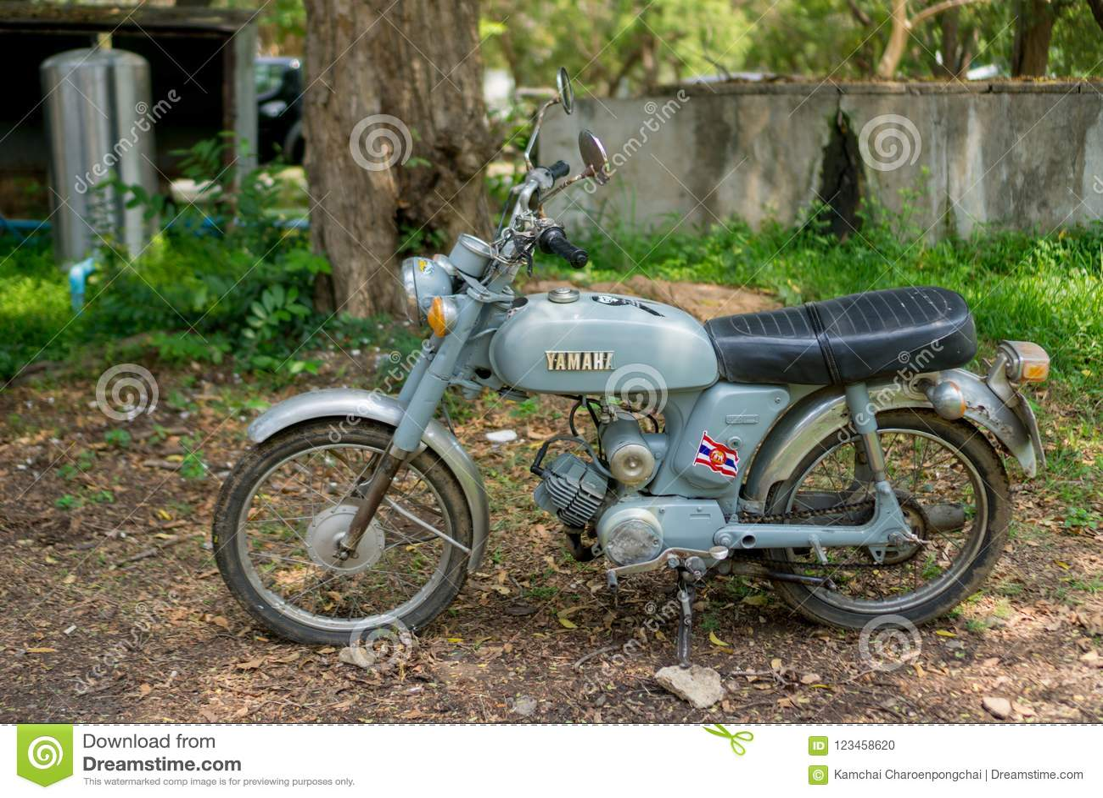 Circa mittleren 1960 klassisch und Weinlese Yamaha-Motorrad von Japan