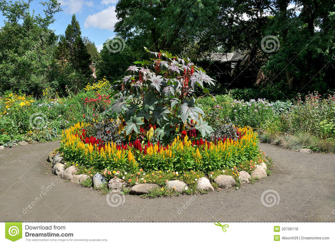 Circular flower bed royalty free stock photos image for Round flower garden designs