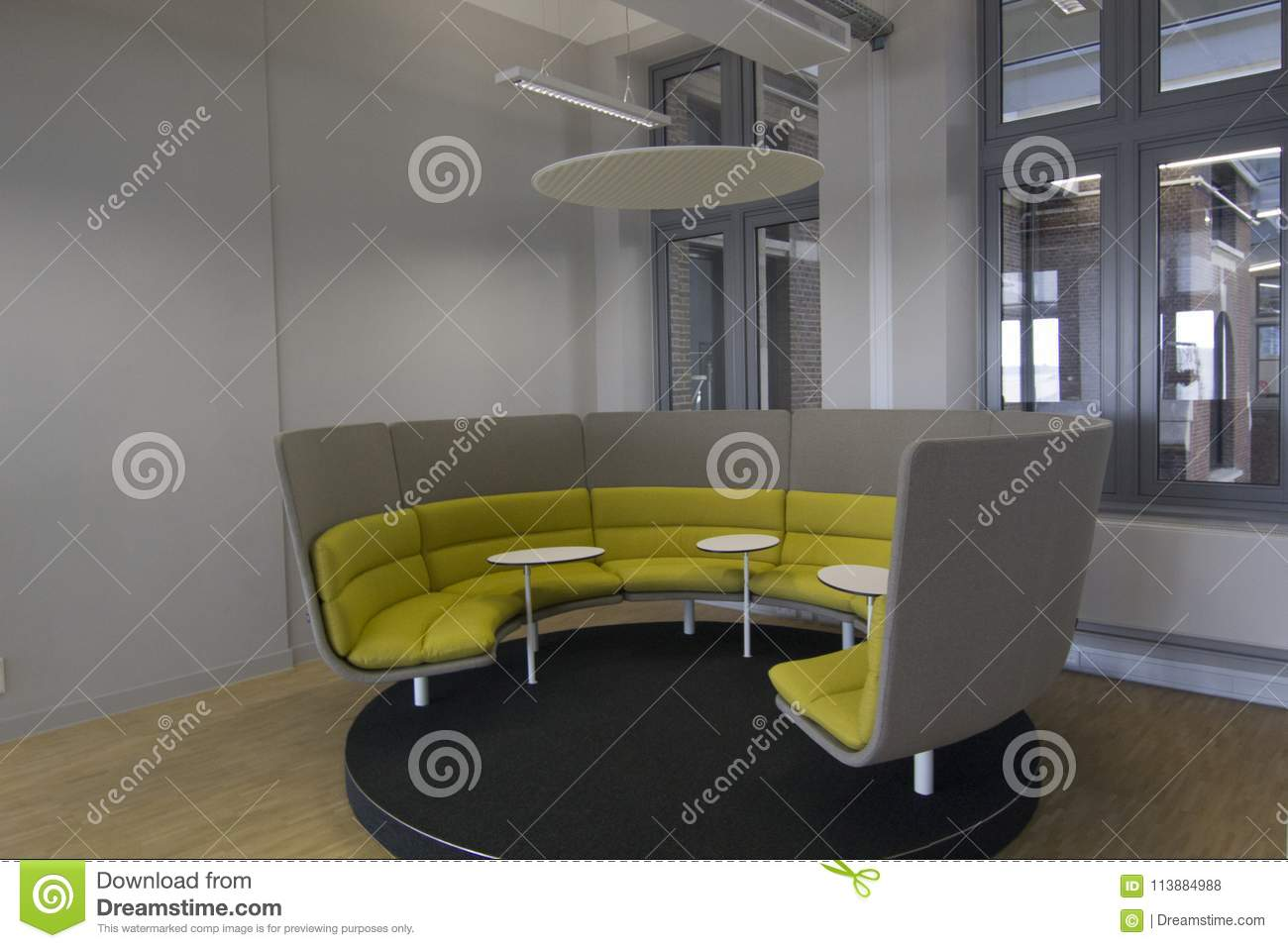 Circular office seating area design for small meetings