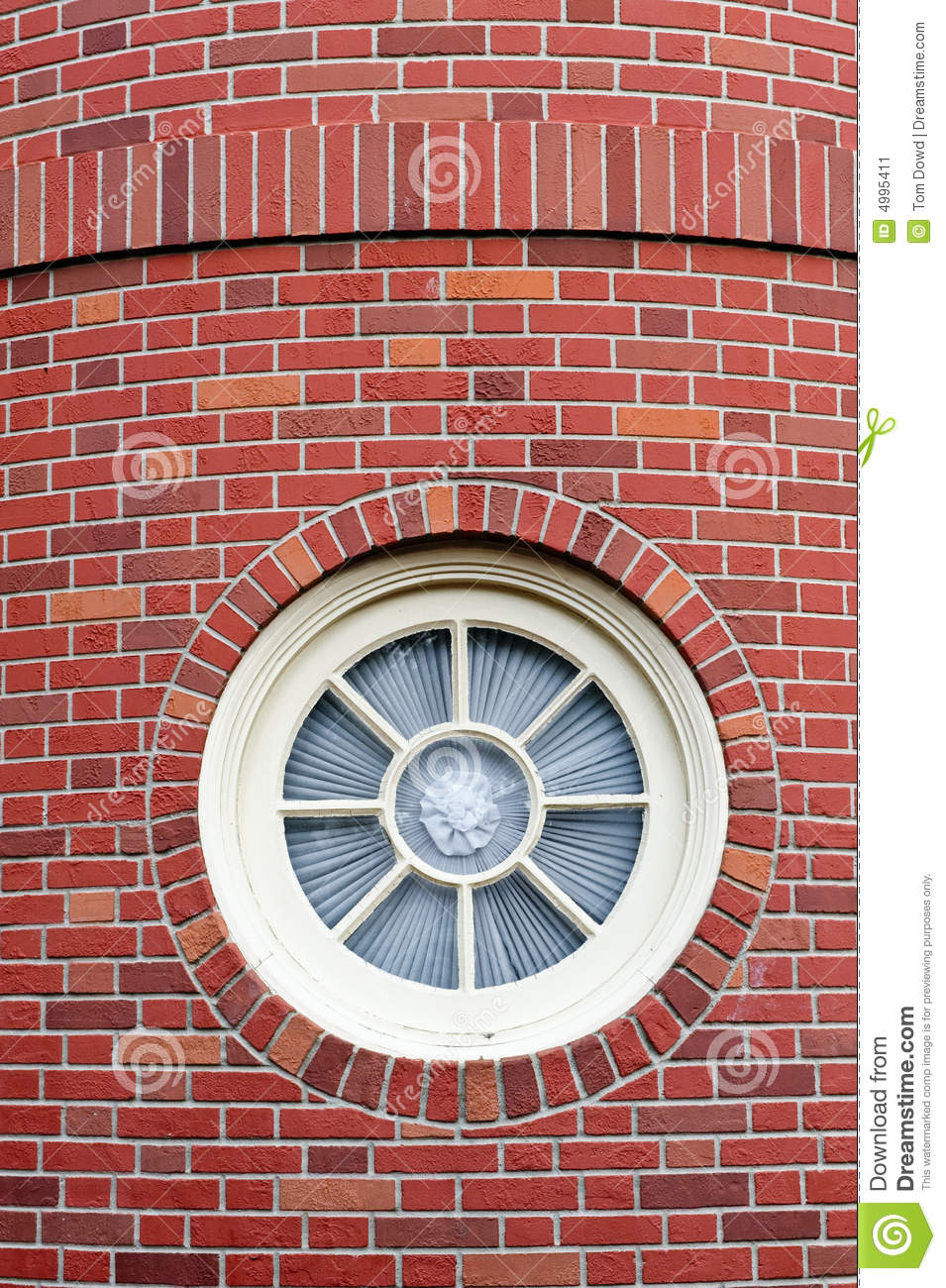 Circular window stock image image 4995411 for Rundes fenster
