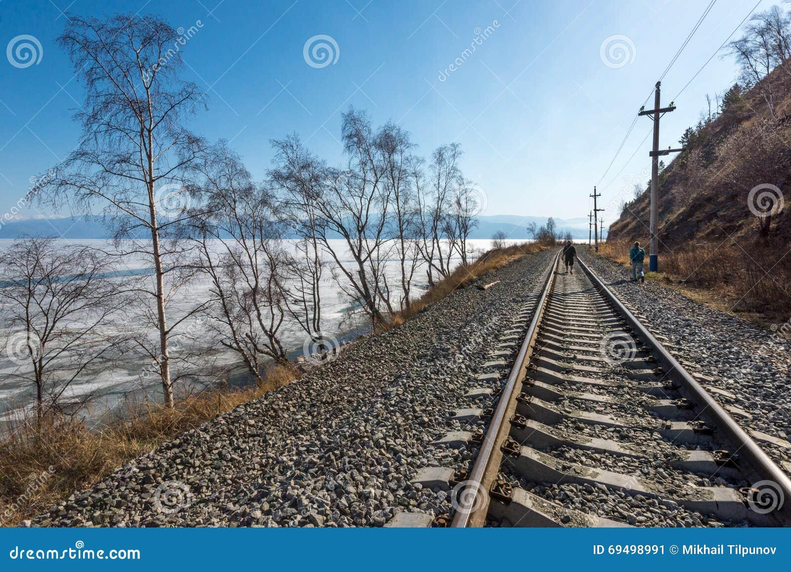 Circum-Baikal järnväg i april