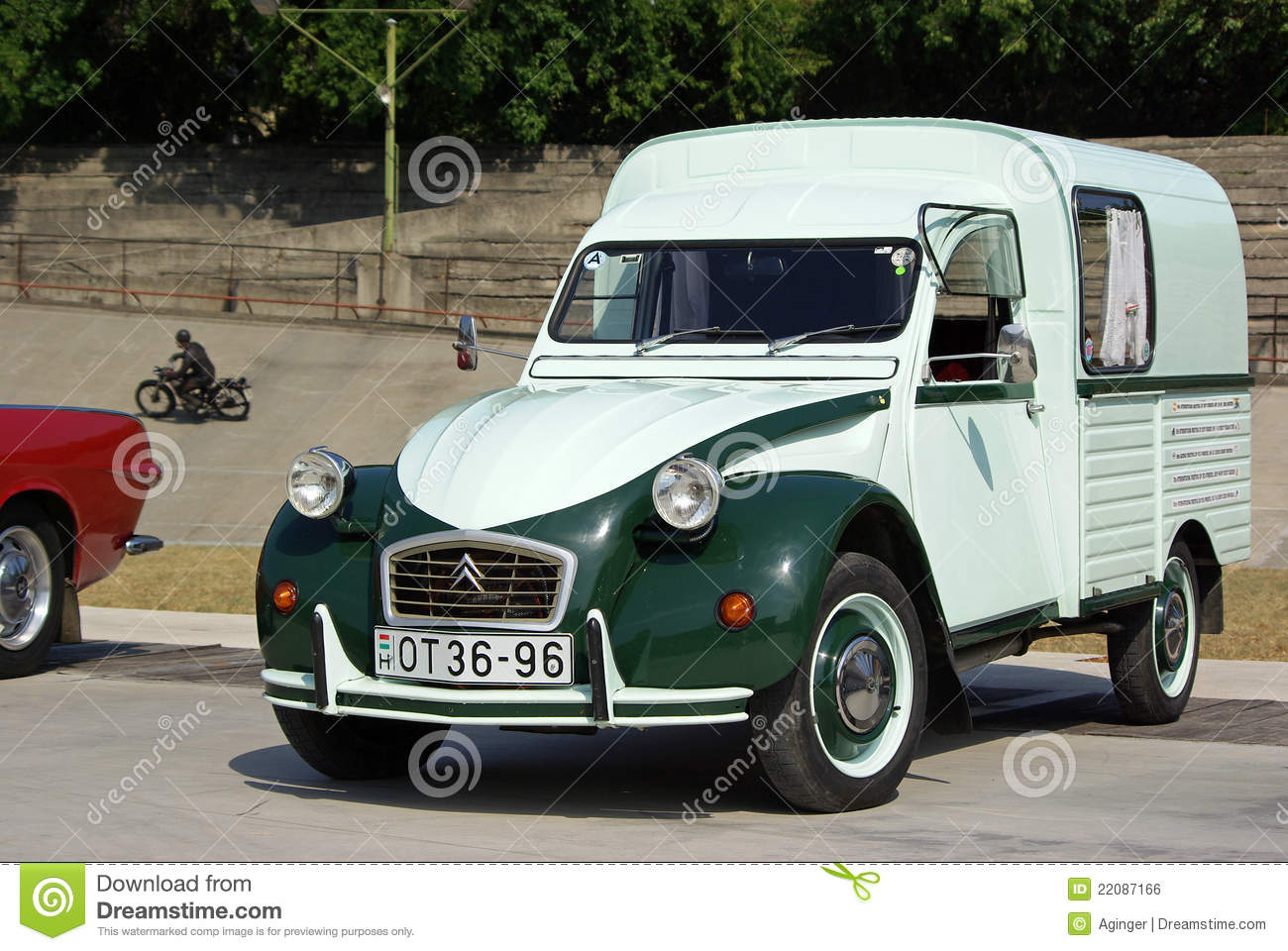 citroen 2cv ak400 fourgonette editorial photo