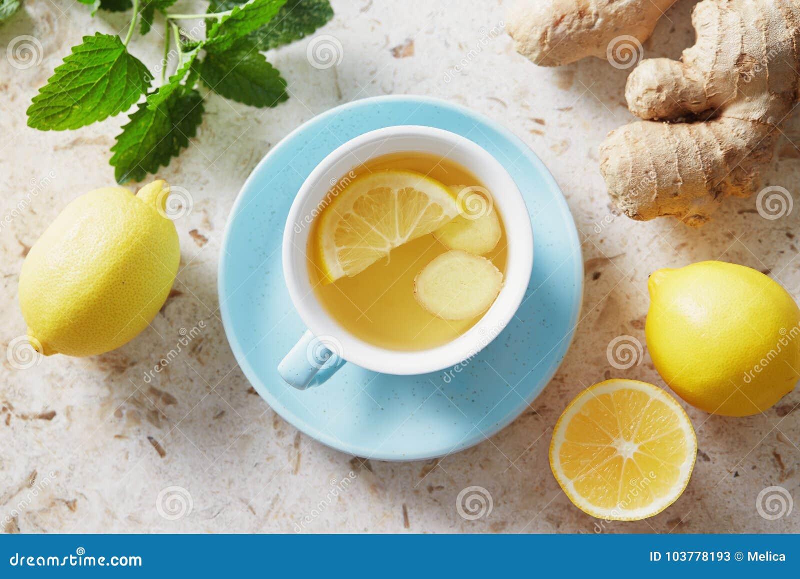 Citron- och ingefärate med honung