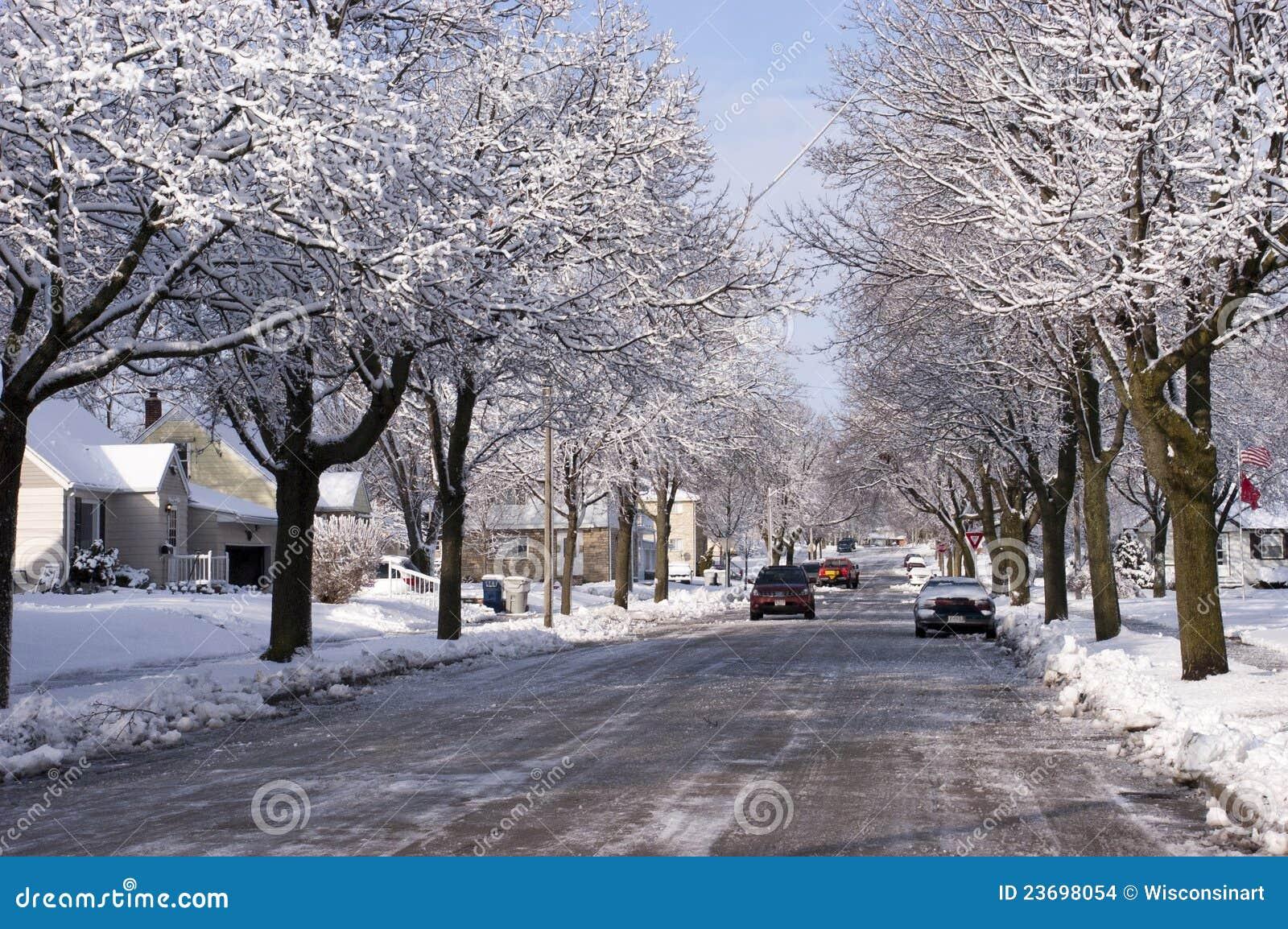 Citt in inverno camere case neve della vicinanza - Animali in inverno clipart ...