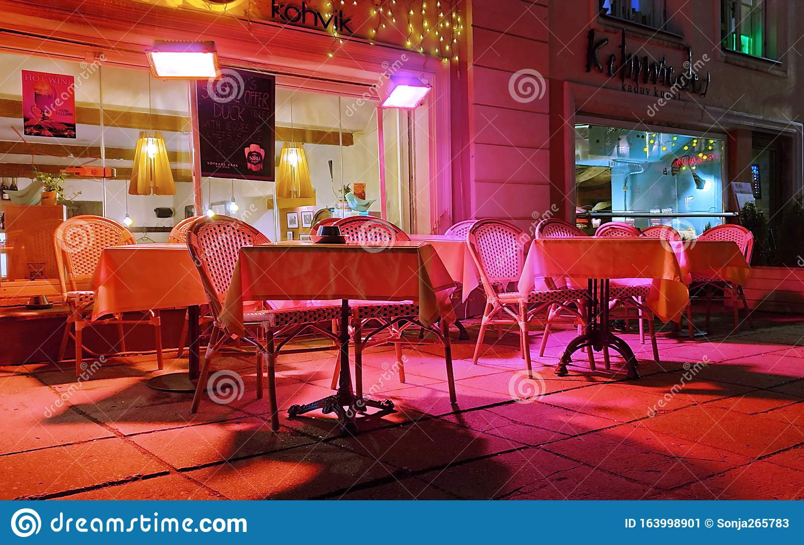 City Night Street Cafe Tables Waiting Tourist On Town Square In The City Light Illumination Pink And Yellow Blue Windows Reflect Stock Image Image Of Evening Cafe 163998901