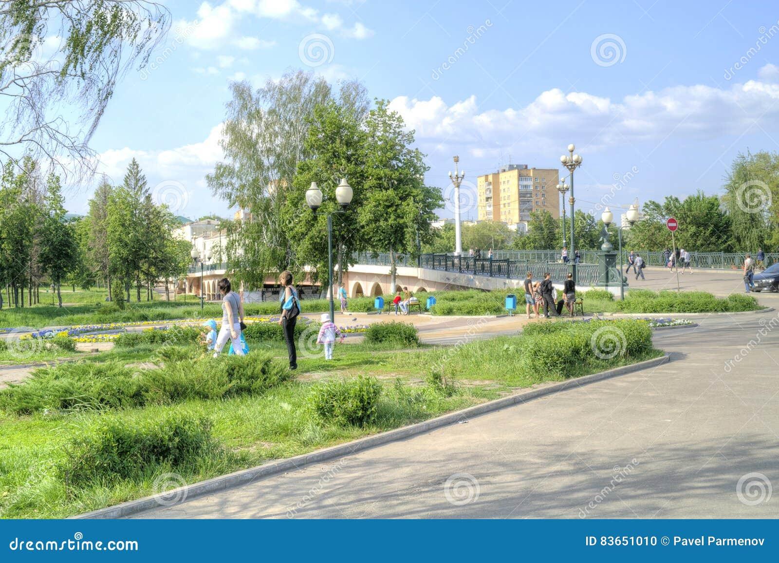 City Oryol. Square writer Nikolai Leskov