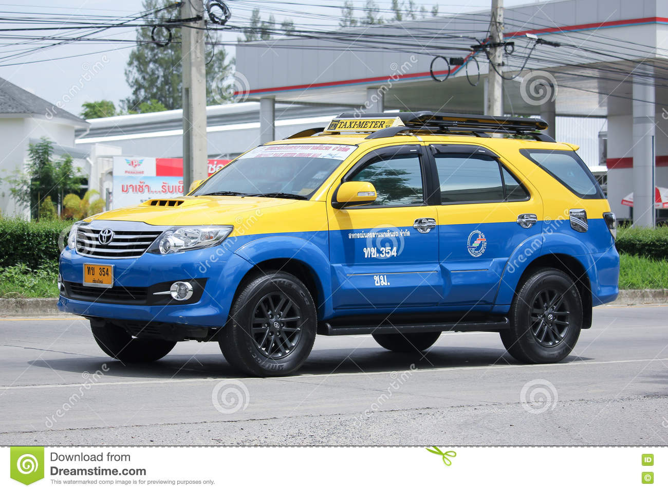 Taxi Meters Purchase : City taxi meter chiangmai toyota fortuner editorial photo