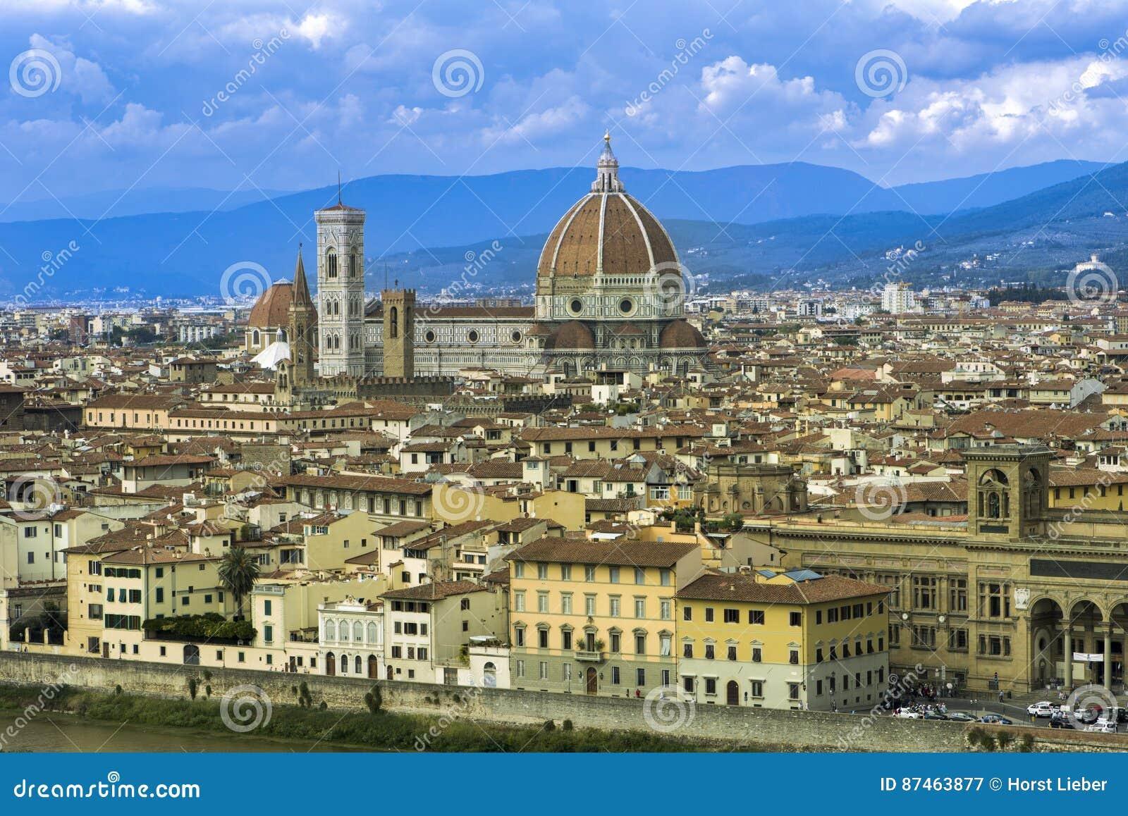Live cam Florence   Florence Italy City Cam