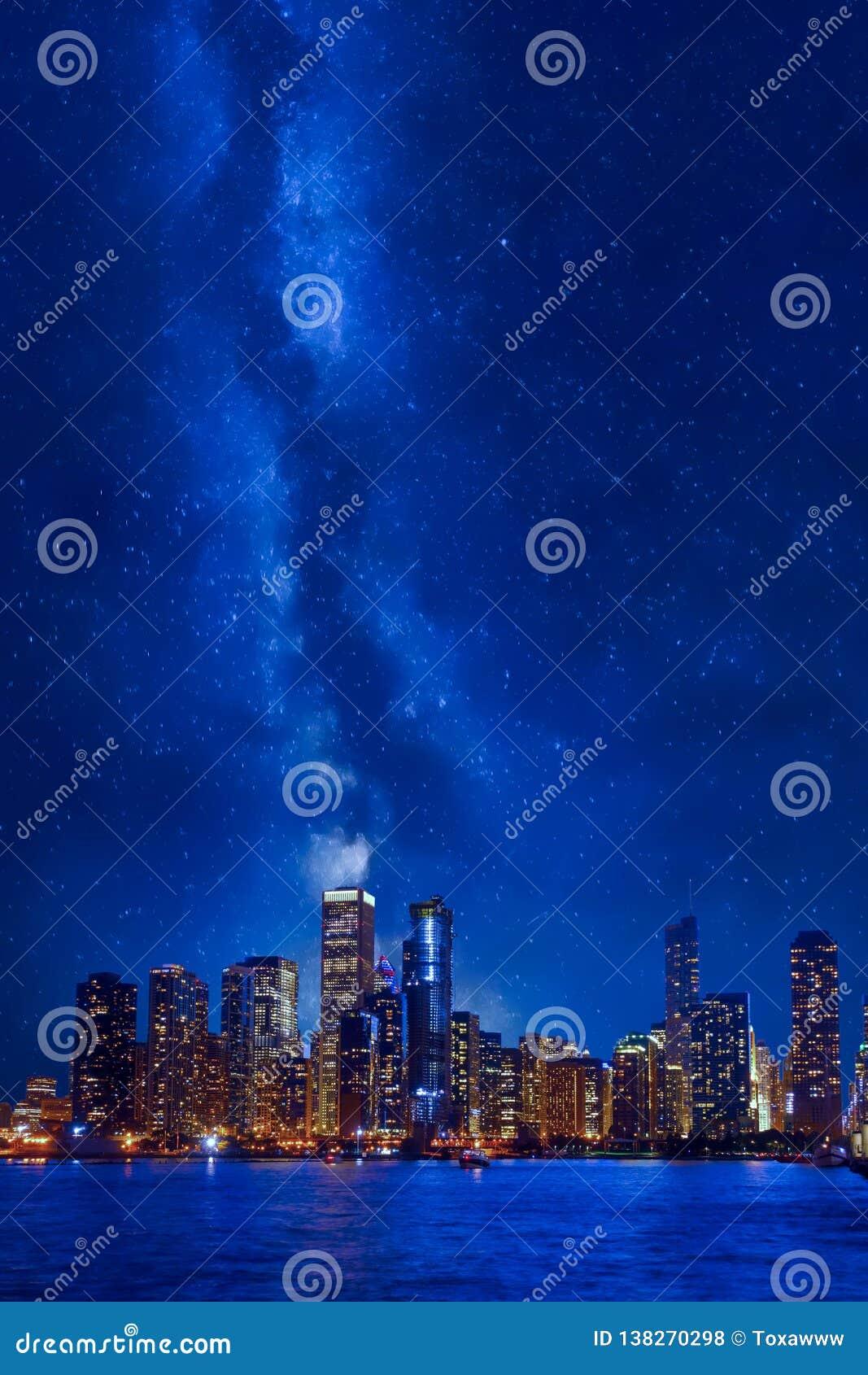 Cityscape van de binnenstad van nachtchicago
