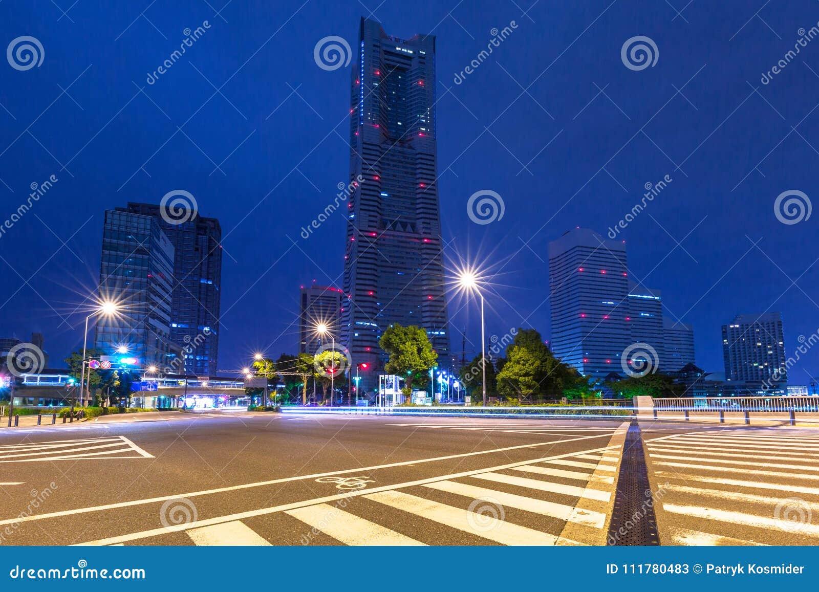 Cityscape van Yokohama-stad bij nacht