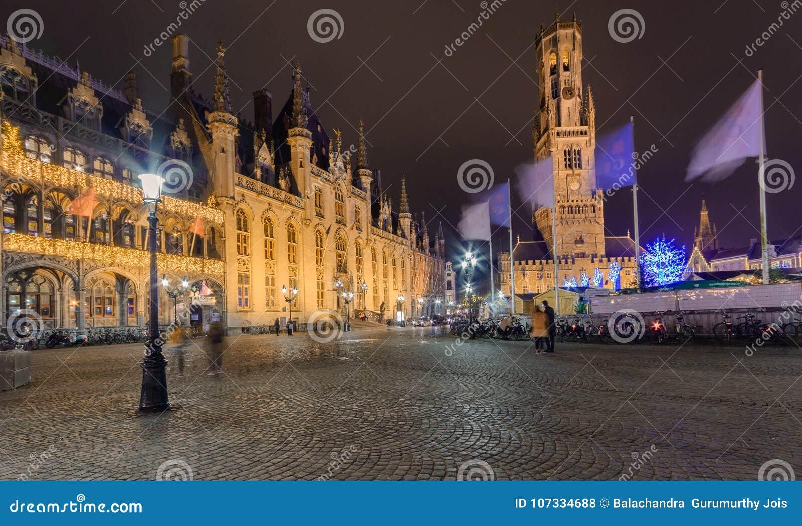 CitySquare podczas bożych narodzeń, Bruges, Belgia Grudzień 2017