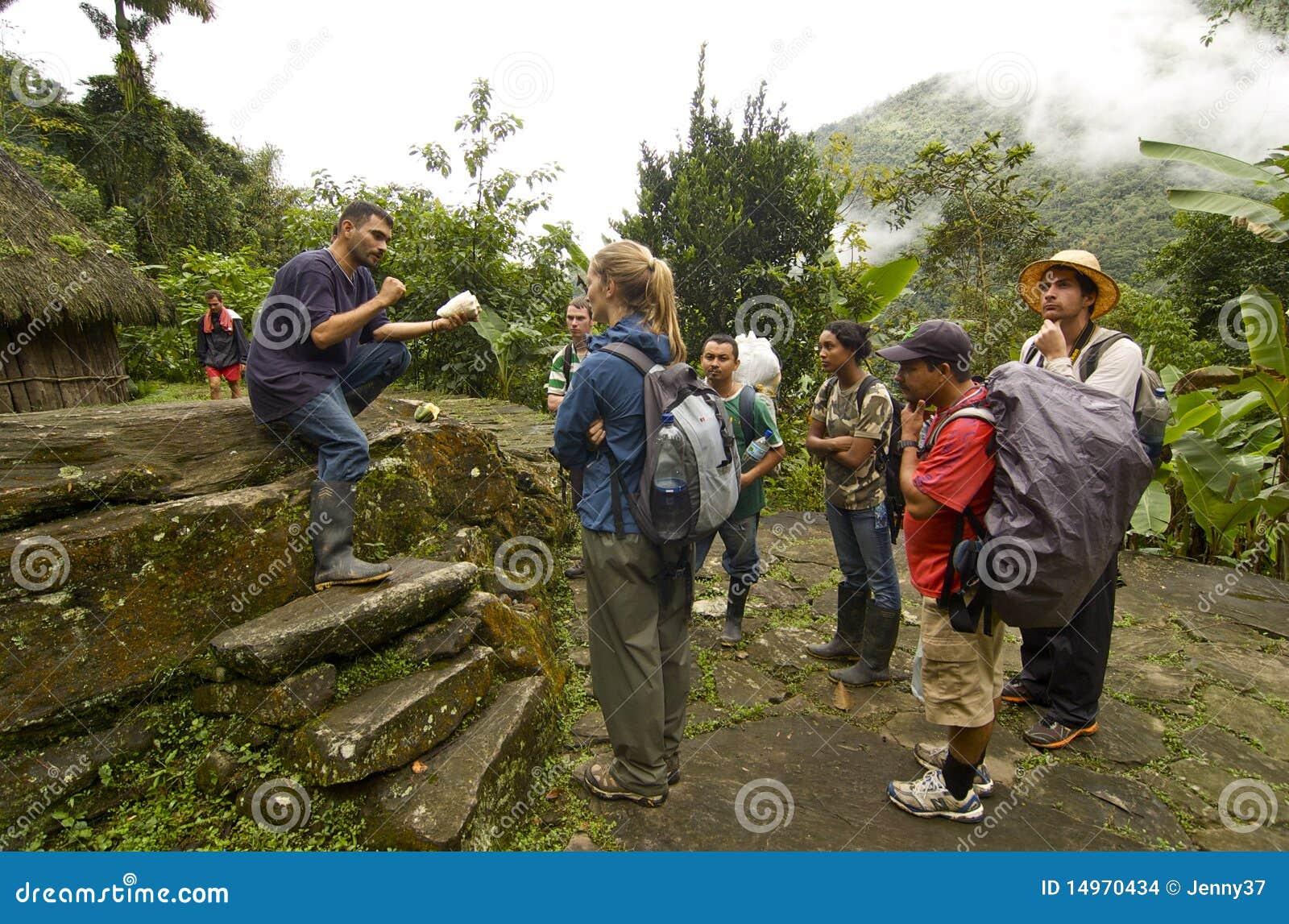 Ciudad получает туристов perdida лекции по истории