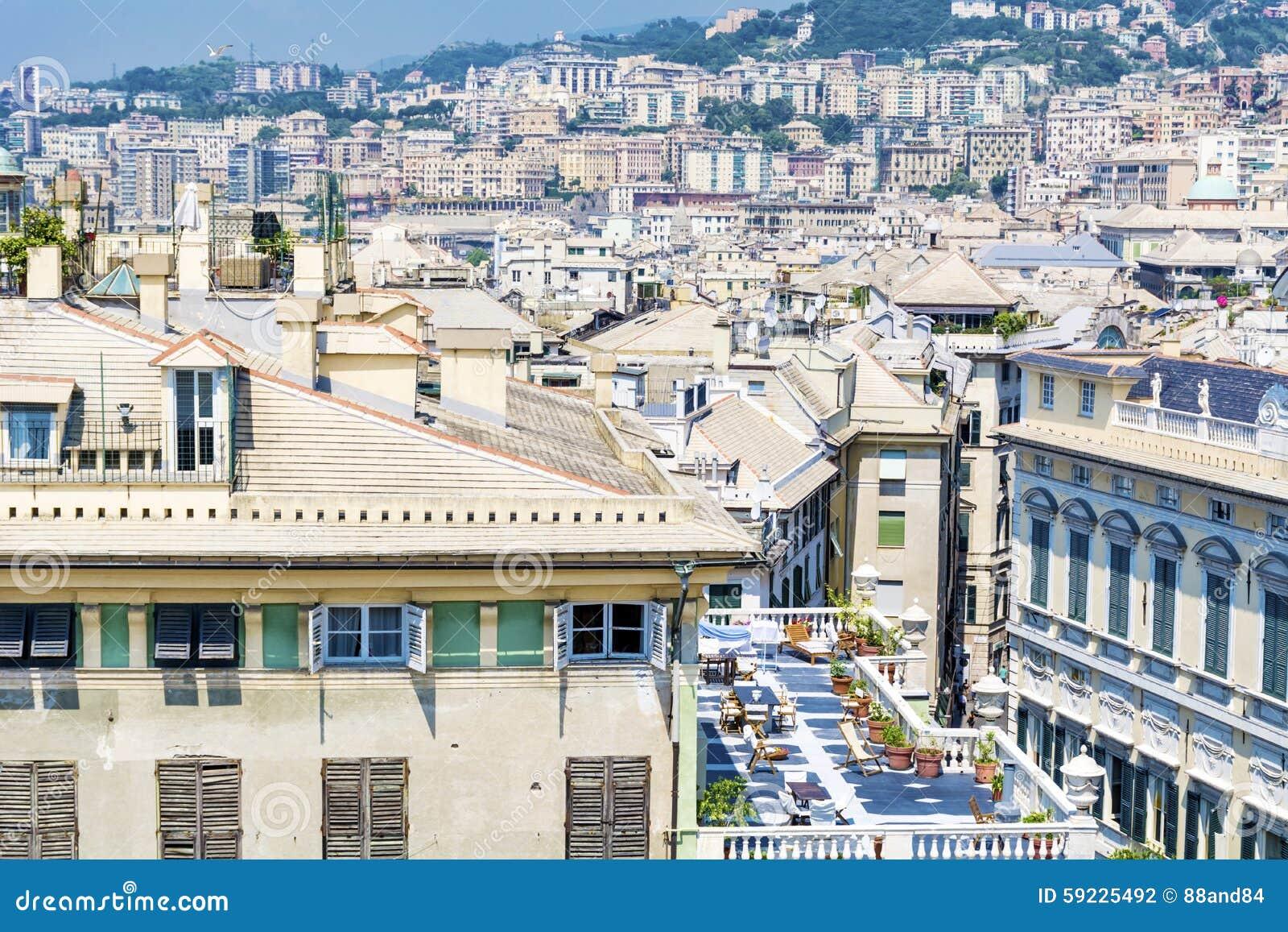 Download Ciudad de Génova, panorama foto de archivo. Imagen de comercial - 59225492