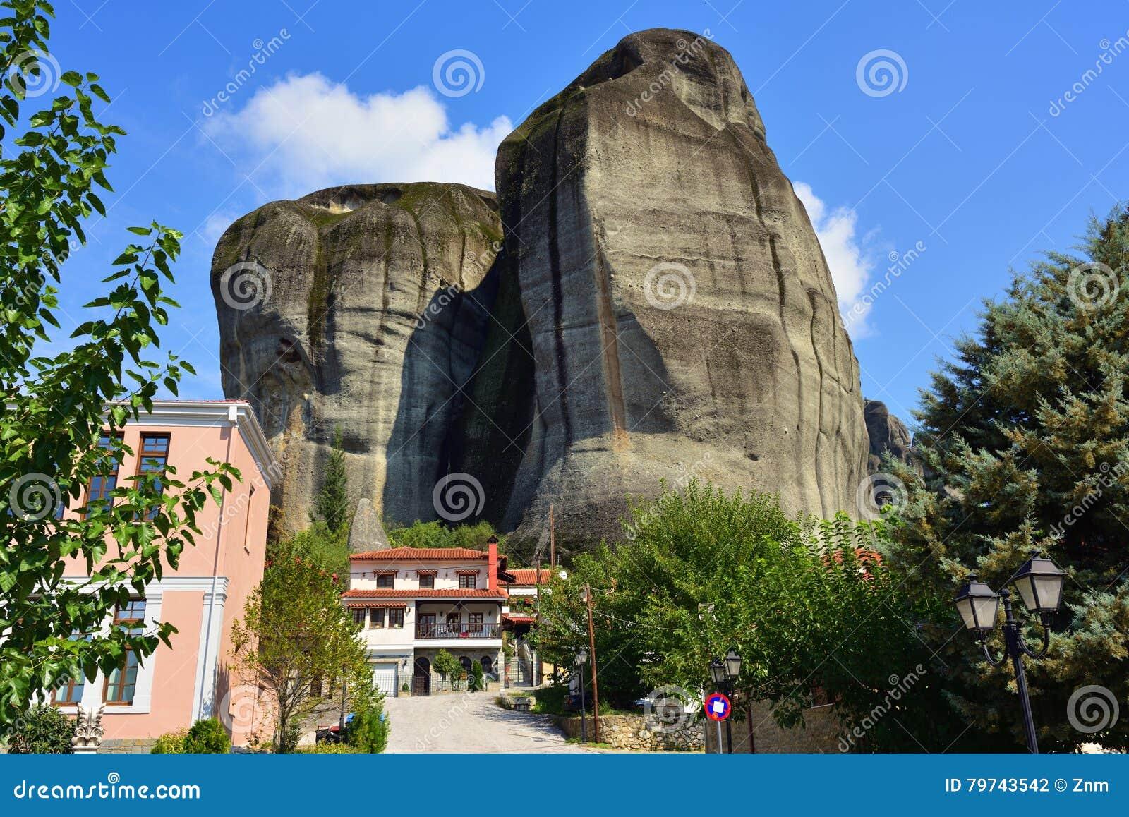 Ciudad de Kastraki, montañas de Meteora en Thessaly, Grecia