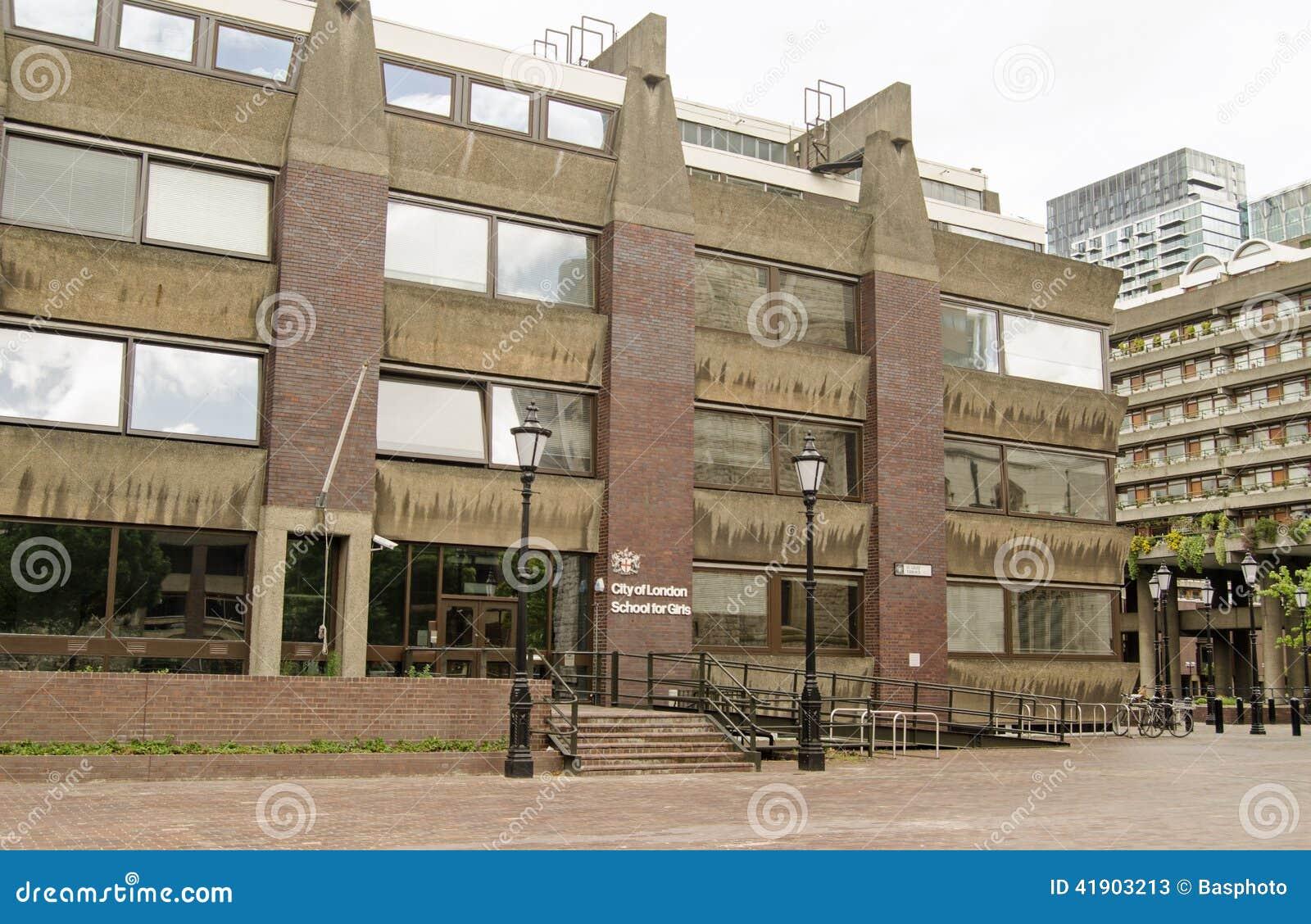 Ciudad de la escuela para las muchachas, barbacana de Londres