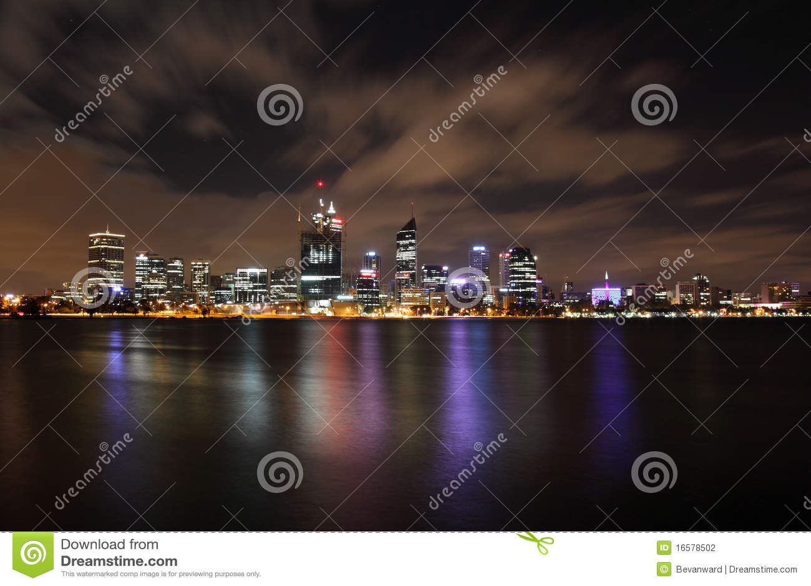 Ciudad de Perth en la noche