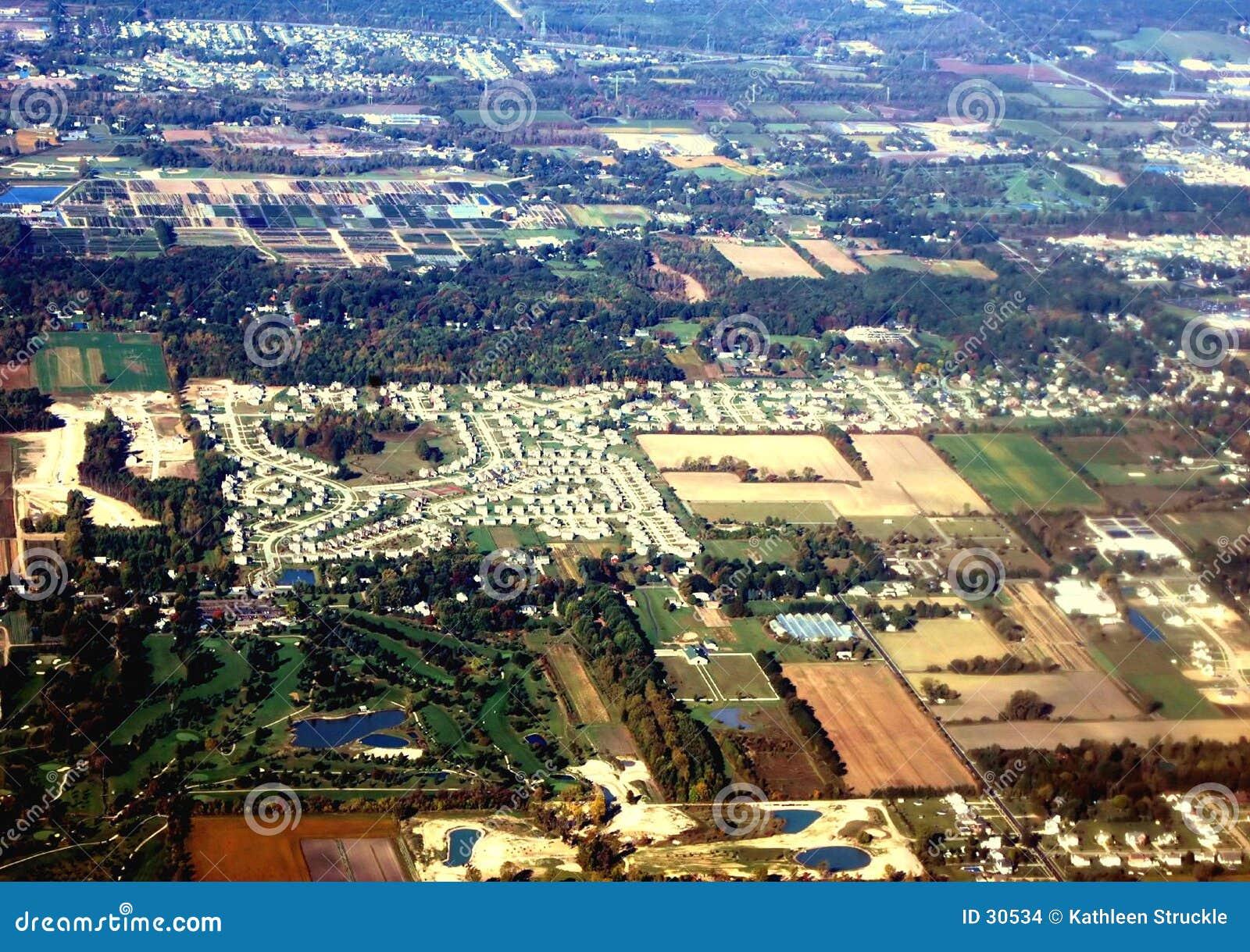 Download Ciudad del aire foto de archivo. Imagen de sprawl, afuera - 30534