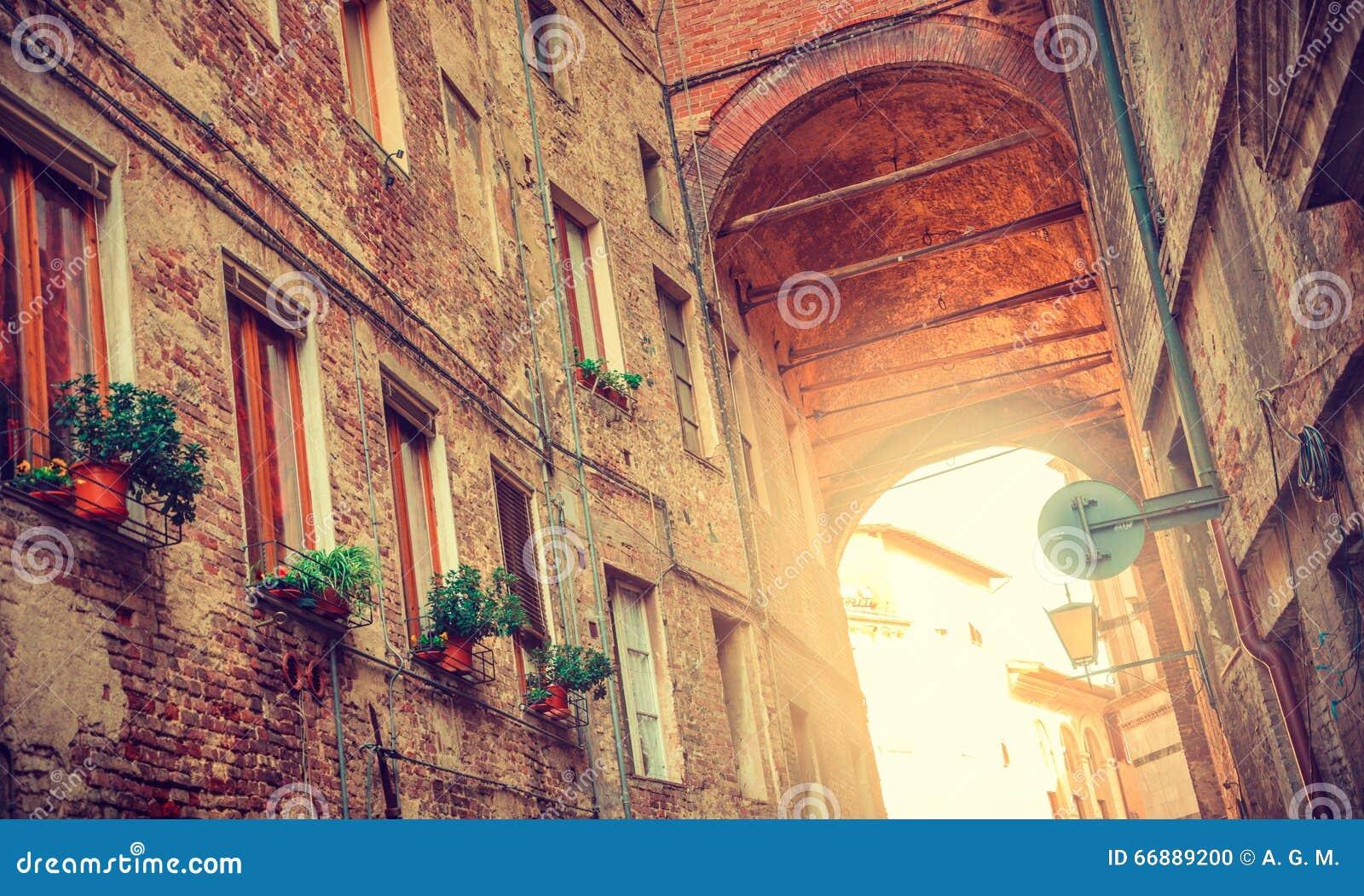 Ciudad medieval, Italia