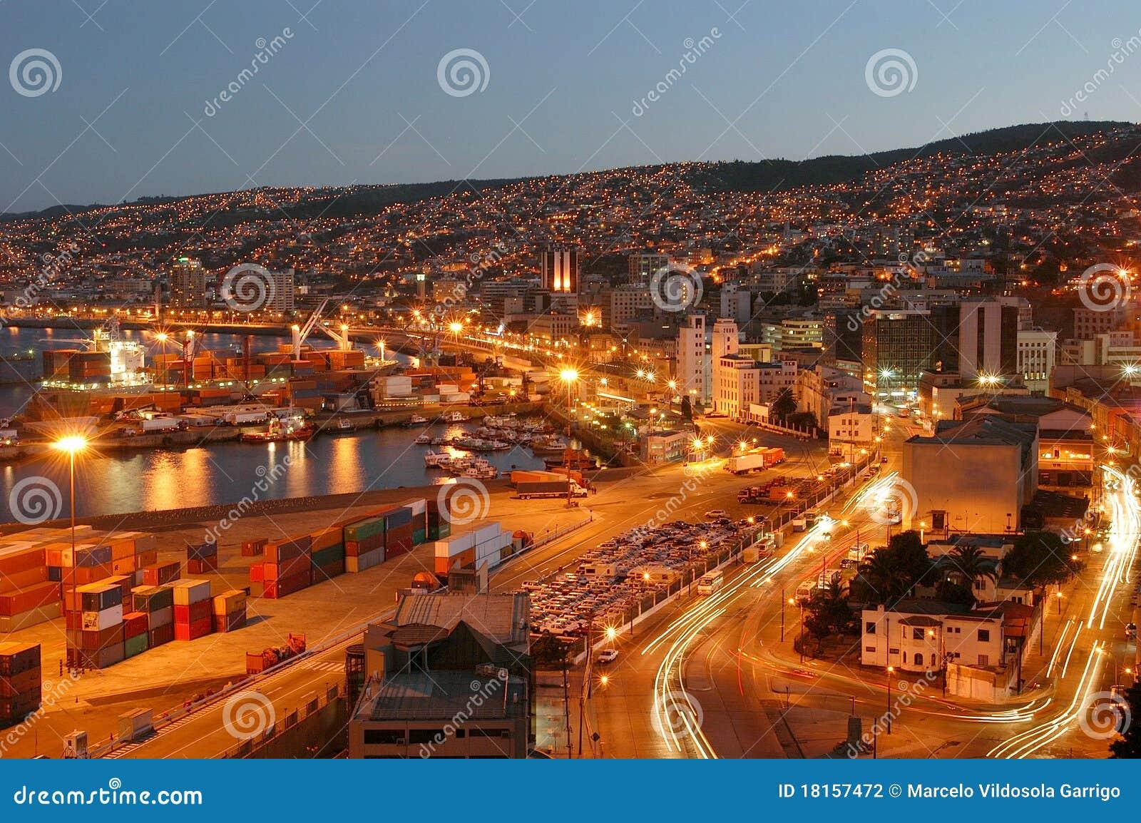 Ciudad Nocturnavalparaiso Stock Photo Image Of Cars 18157472