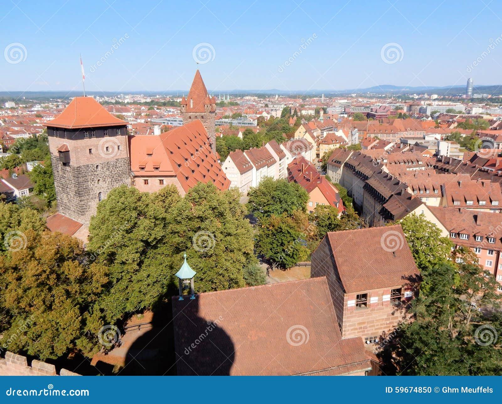 Ciudad vieja de Nuremberg vista del castillo Alemania de Nuremberg