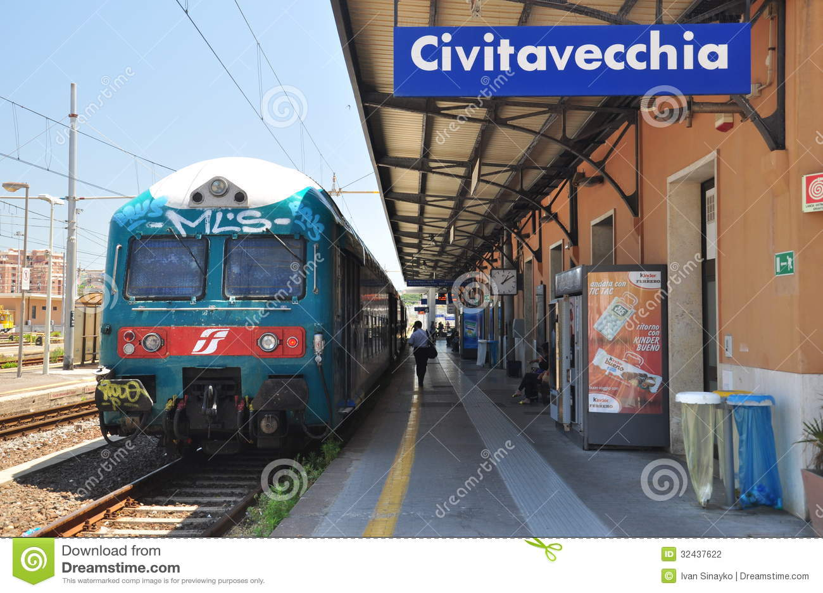 Civitavecchia train staition editorial photography image - Train from rome to port of civitavecchia ...