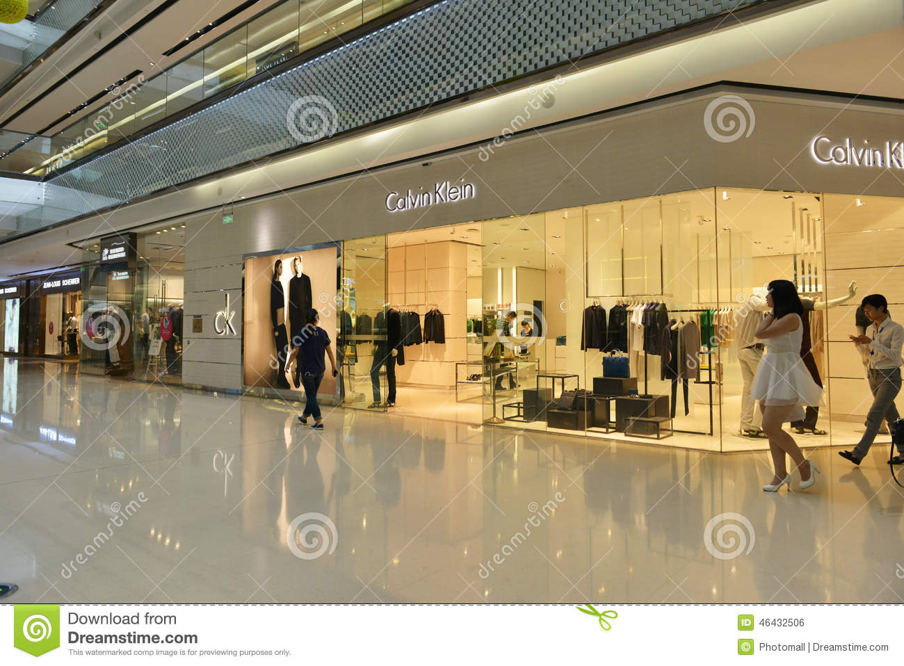ck calvin klein clothing store shop in shopping mall boutique window fashion clothing store. Black Bedroom Furniture Sets. Home Design Ideas