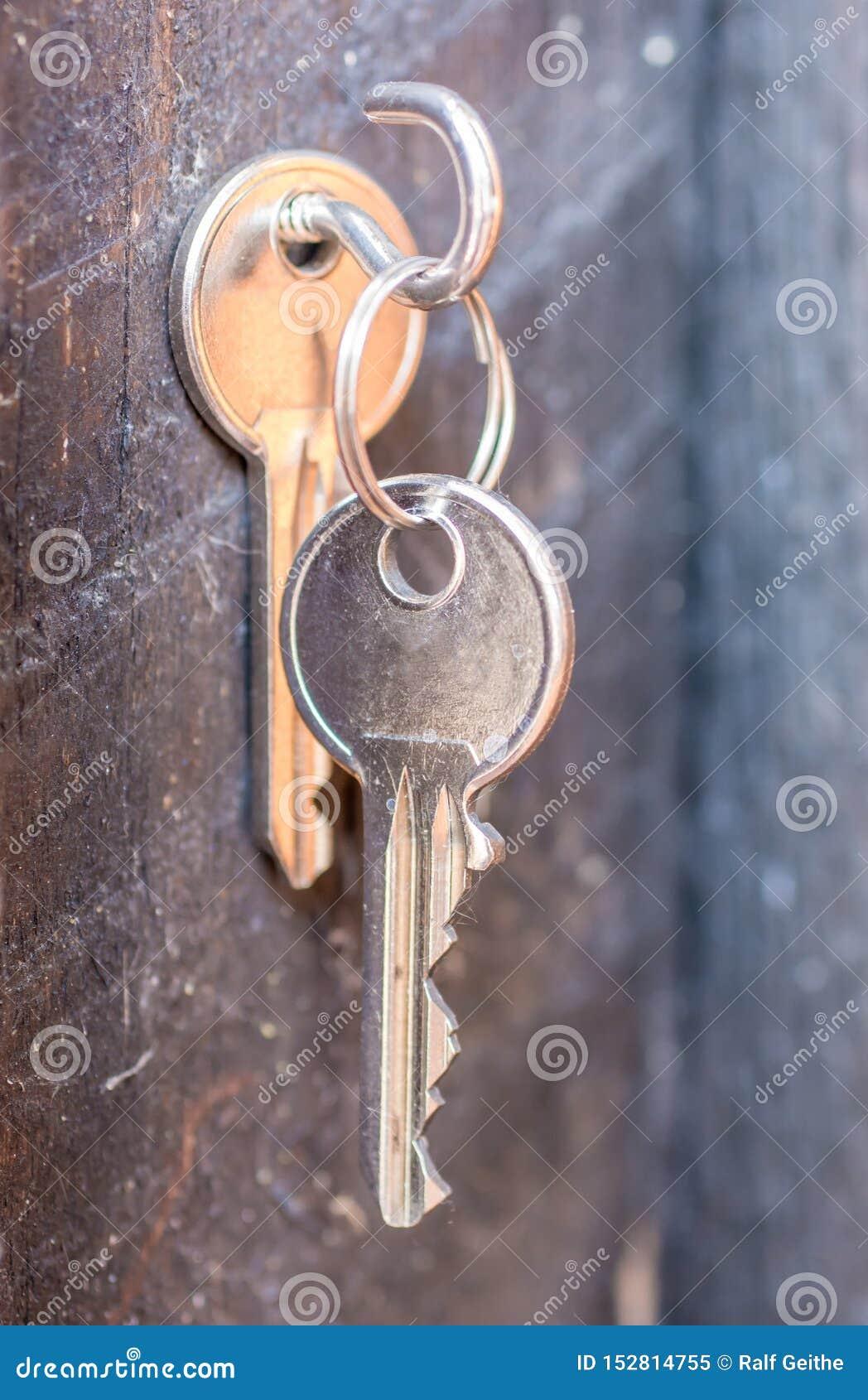 Clé avec la clé disponible